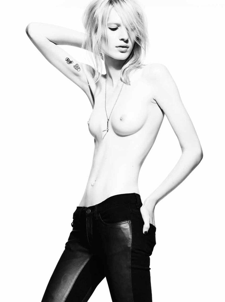 Julia_Nobis-Superfine-08-fashionography.jpeg