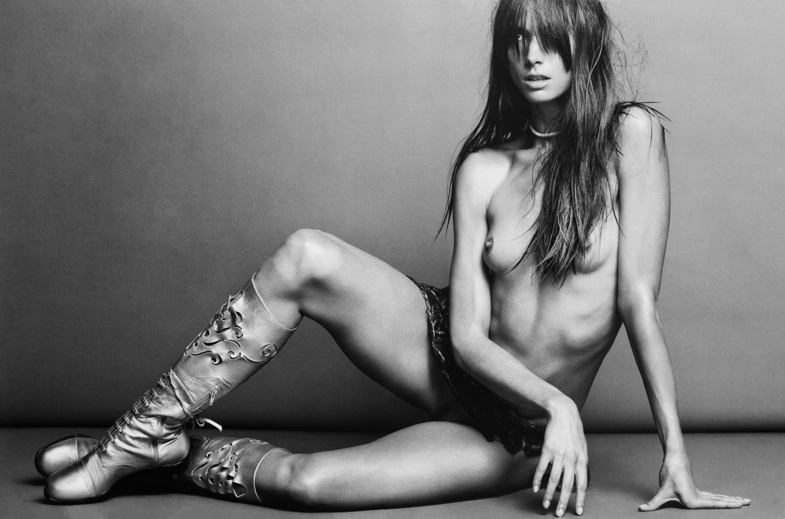 Jessica_Miller-Inez_Van_Lamsweerde-Vinoodh_Matadin-03.jpg