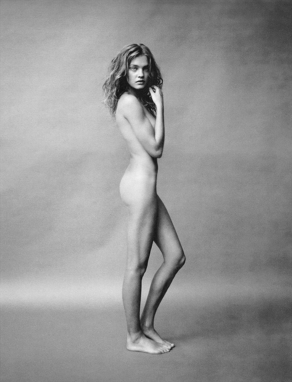 Natalia_Vodianova-Paolo_Roversi-veryspecial.jpg