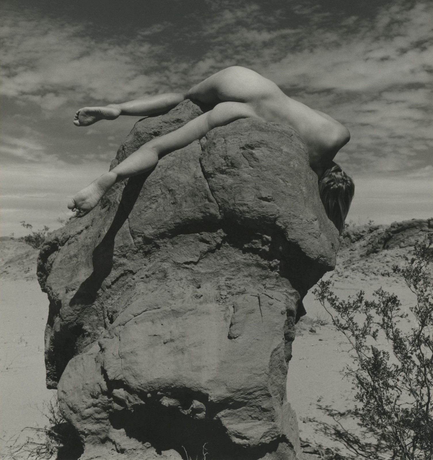 Andre_de_Dienes-01-thisisnthappiness.jpg