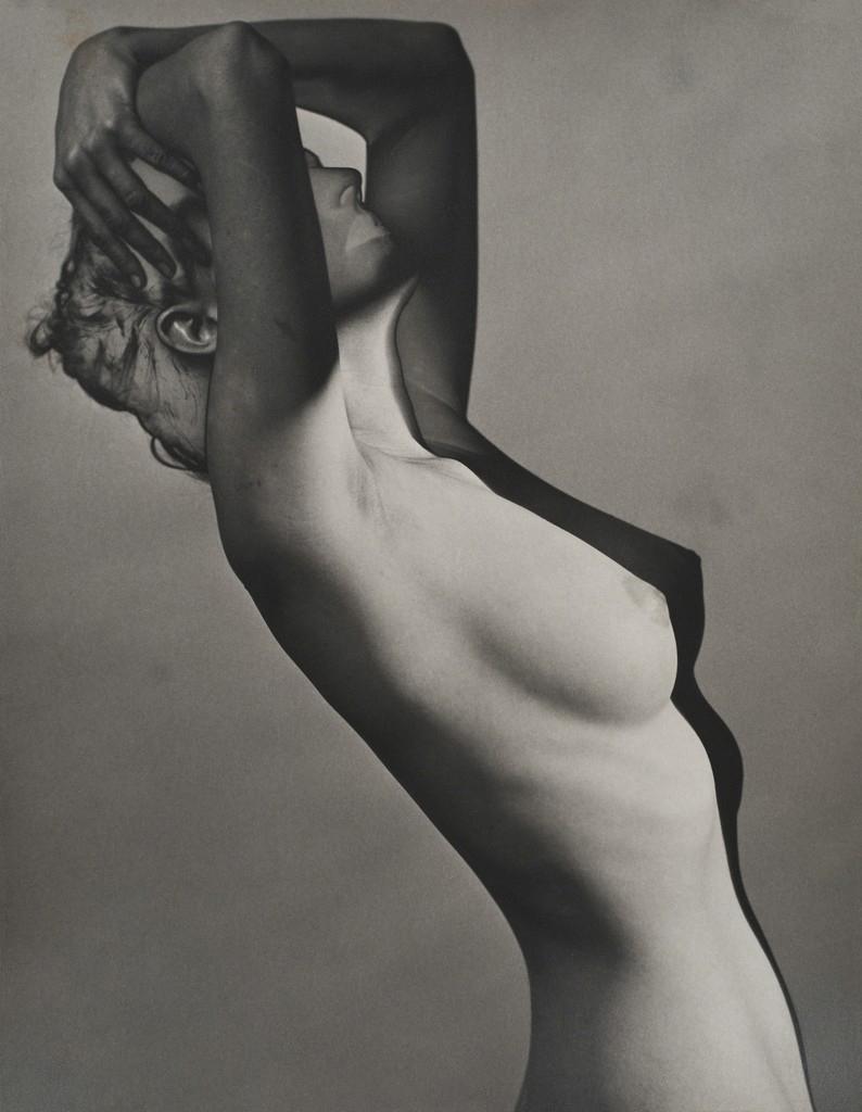 Erwin_Blumenfeld-Nude__Paris-1938.jpg