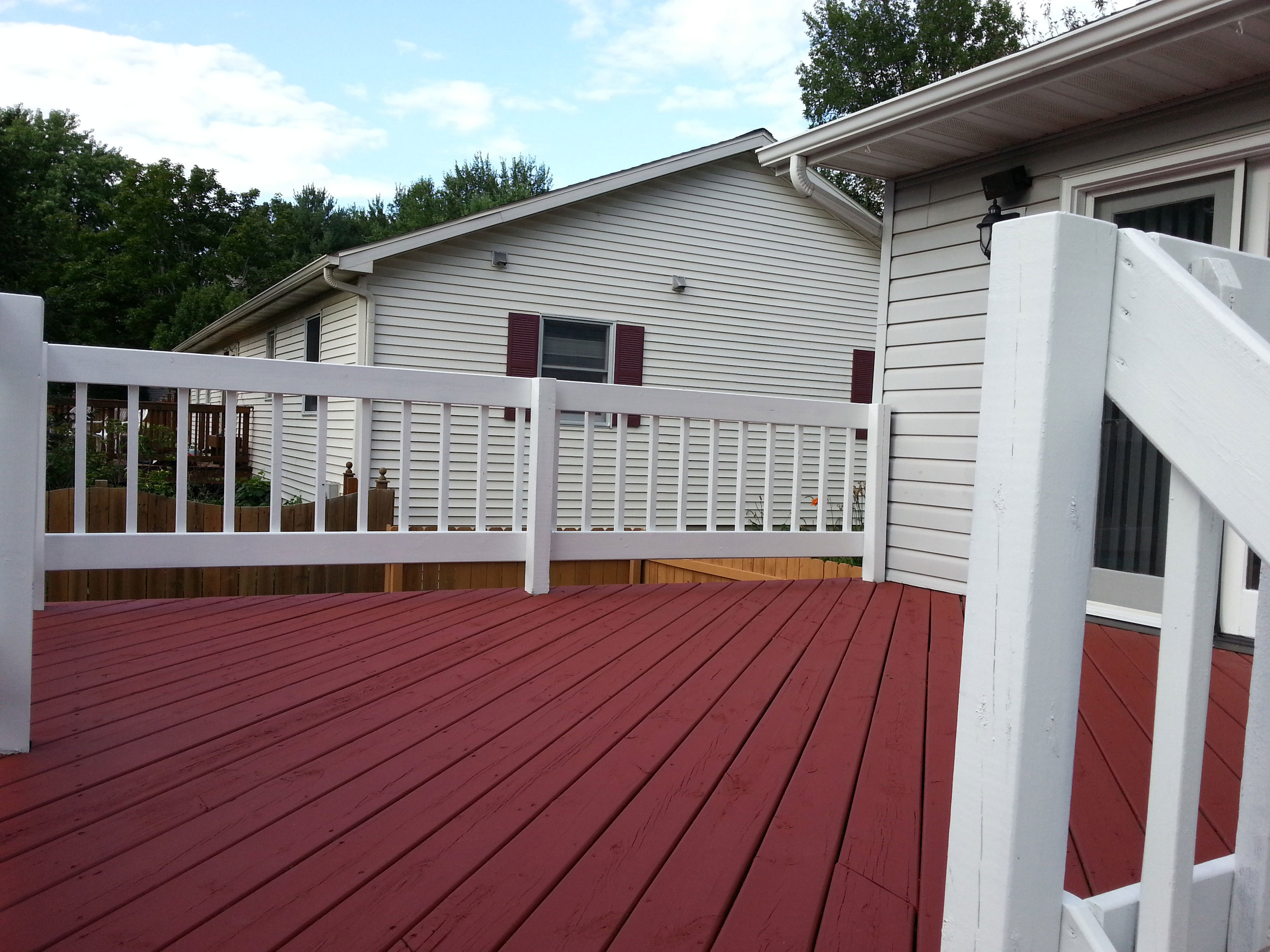 panting-decks-around-madison.jpg