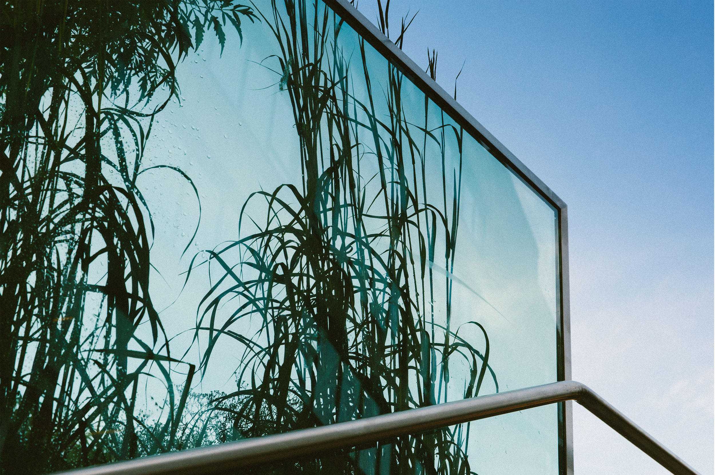 Installation   JAD Glass with Lee Sparaco, Glassologist