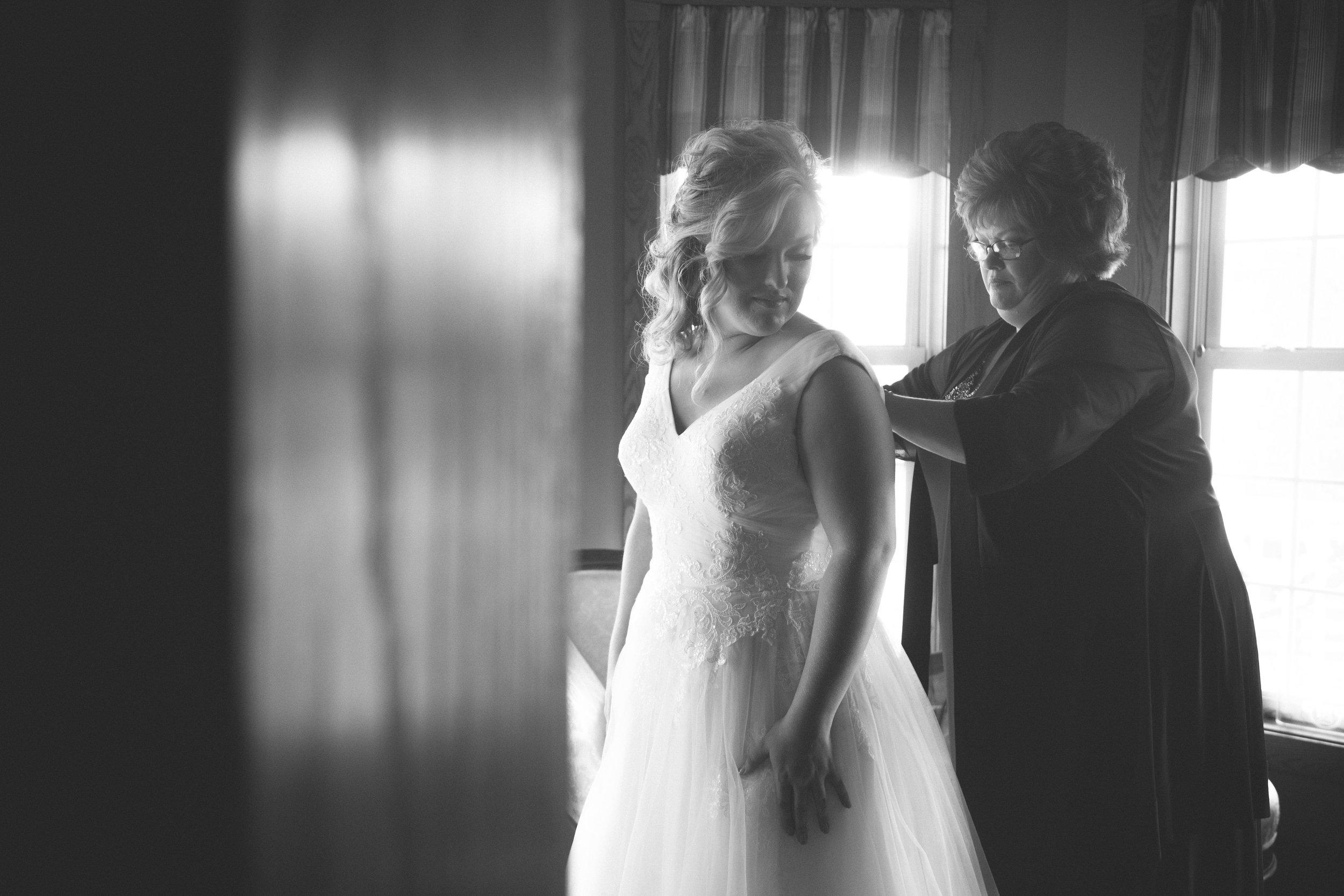Hensworth Wedding Portfolio-7.jpg