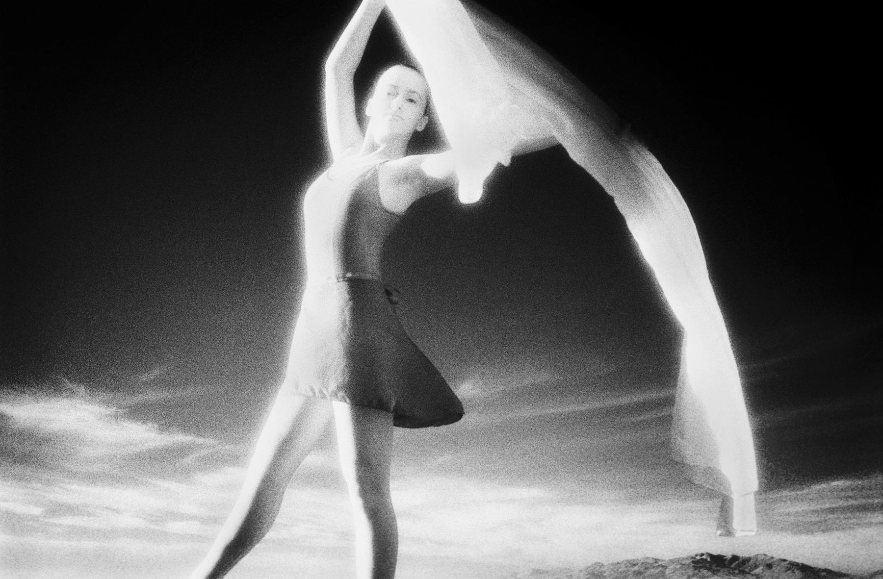 ©Tiffany_Rossbach_ballerina2.jpg