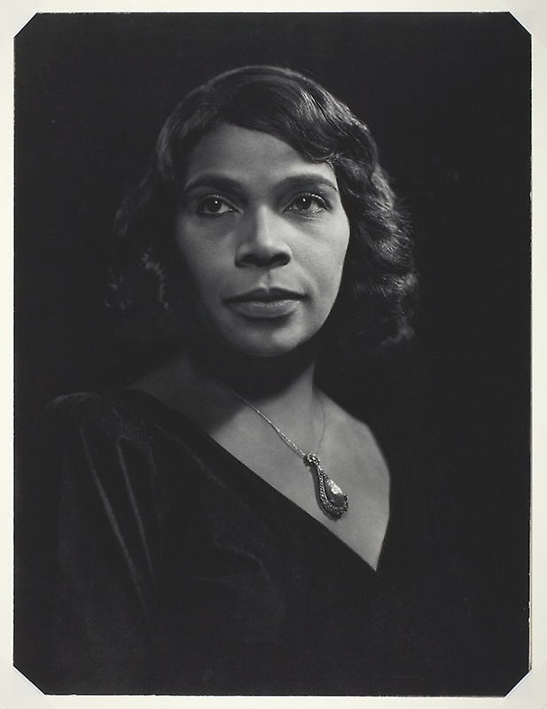 Marian Anderson, 1945 © Estate of Yousuf Karsh.
