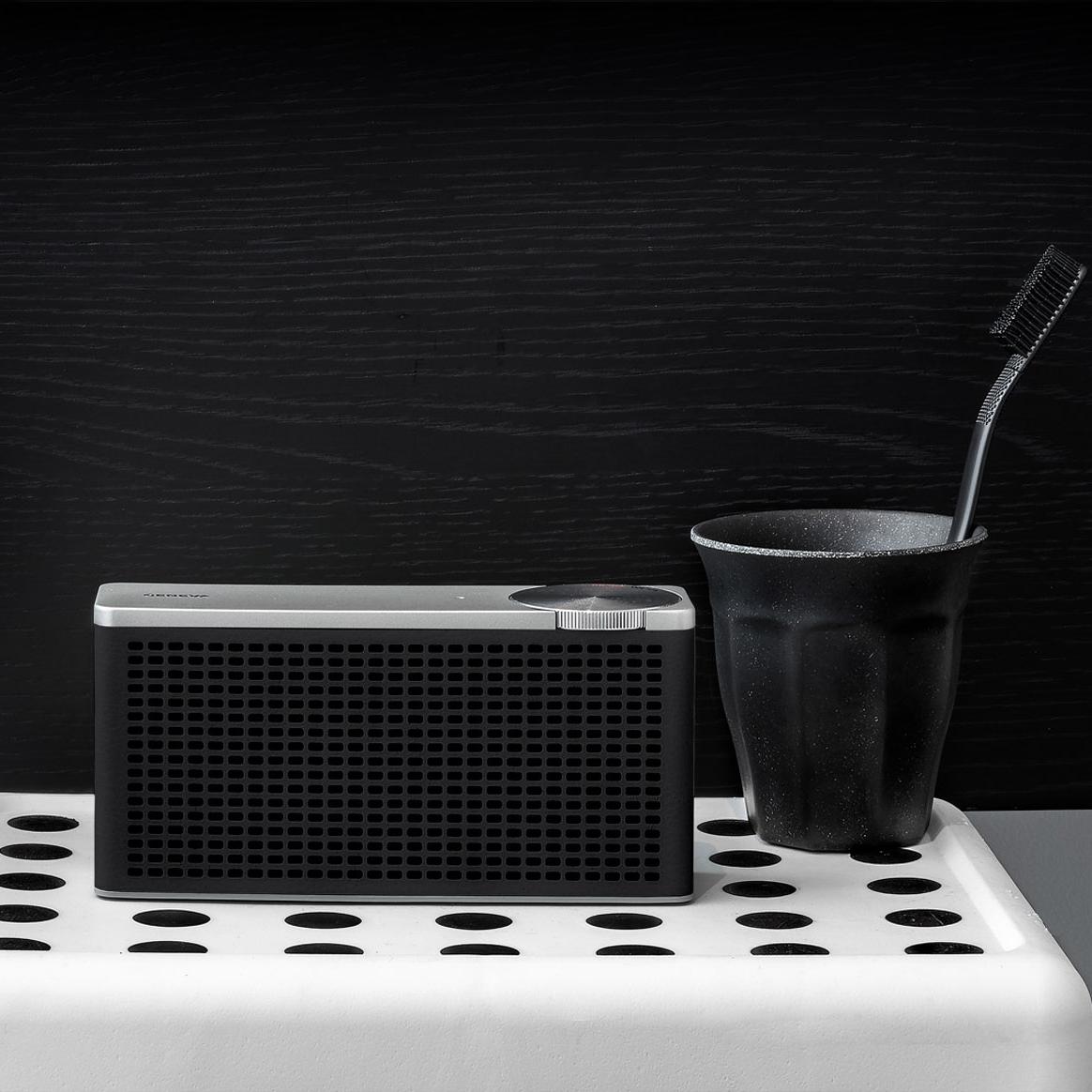 bath-xs-black.jpg