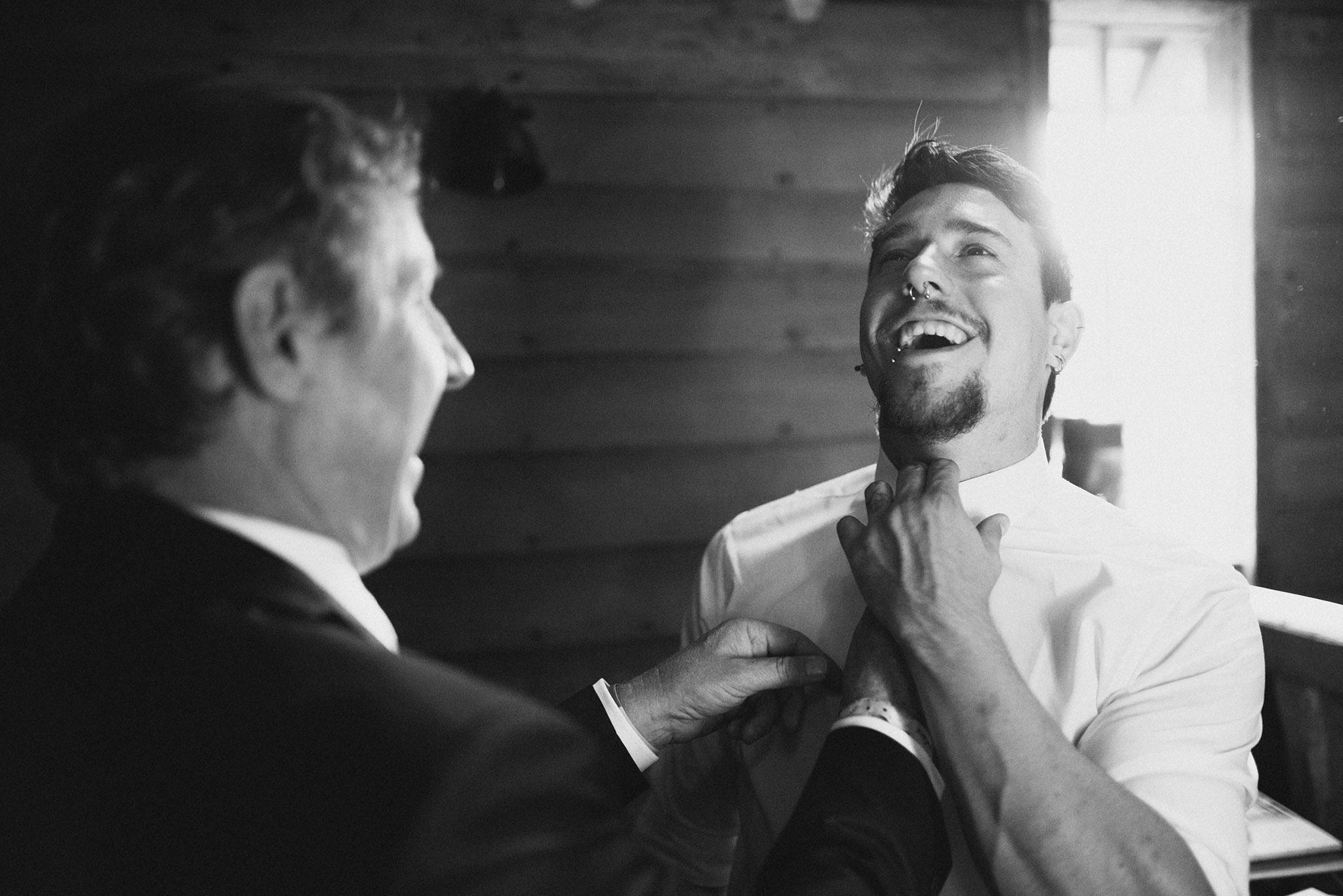 groom-tie-scott-stockwell-photography-wedding-photographer.jpg