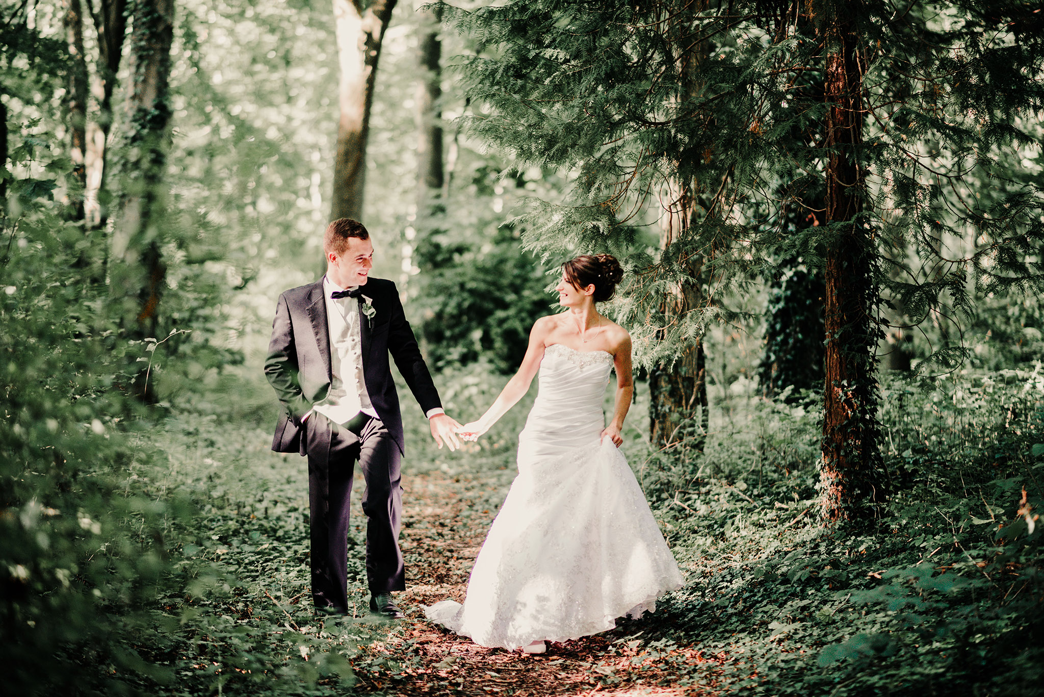 carlie-josh-woodland-Scott-stockwell-photography-wedding-photographer-malvern-worcestershire.jpg