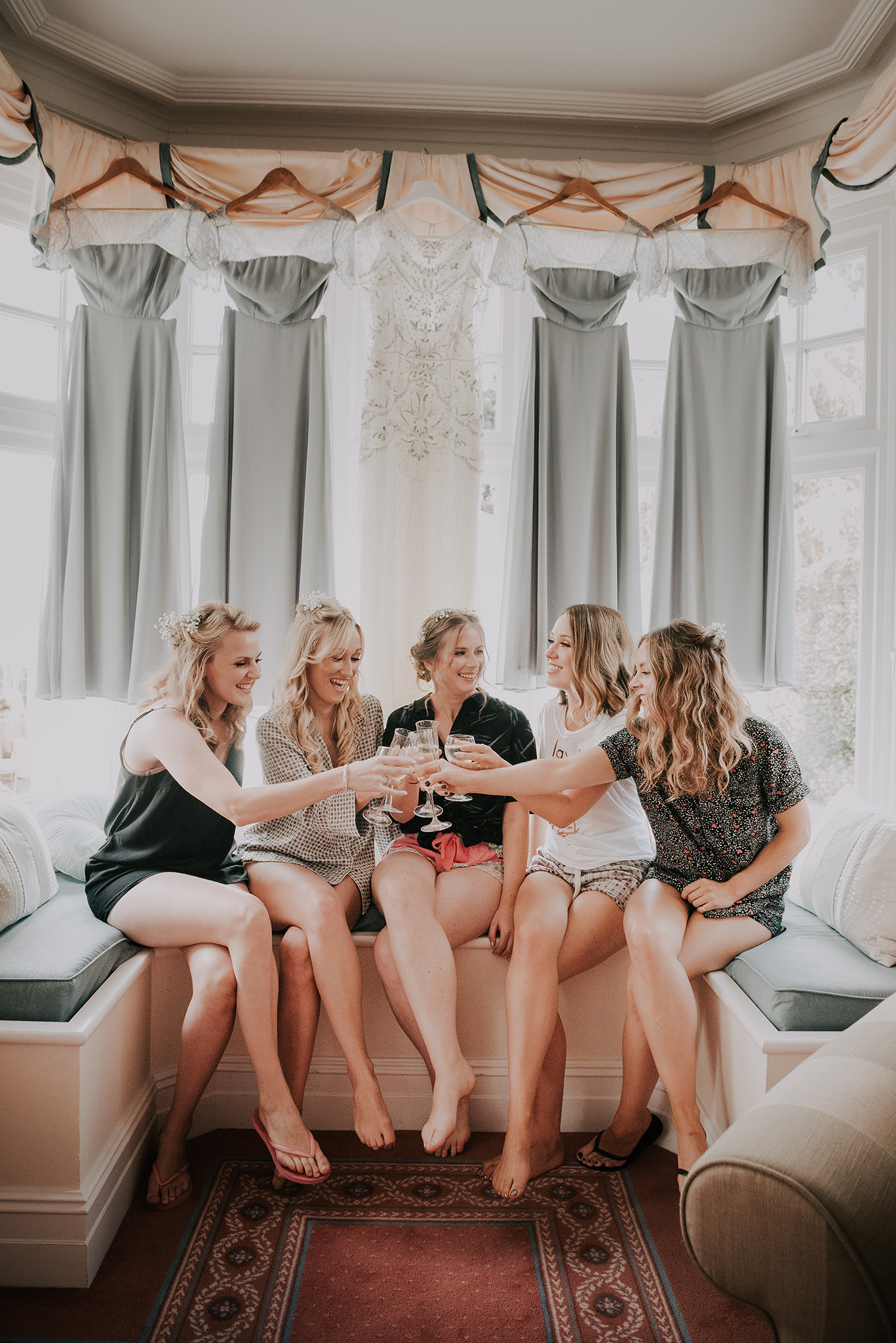 scott-stockwell-photography-bridesmaids-cheers.jpg