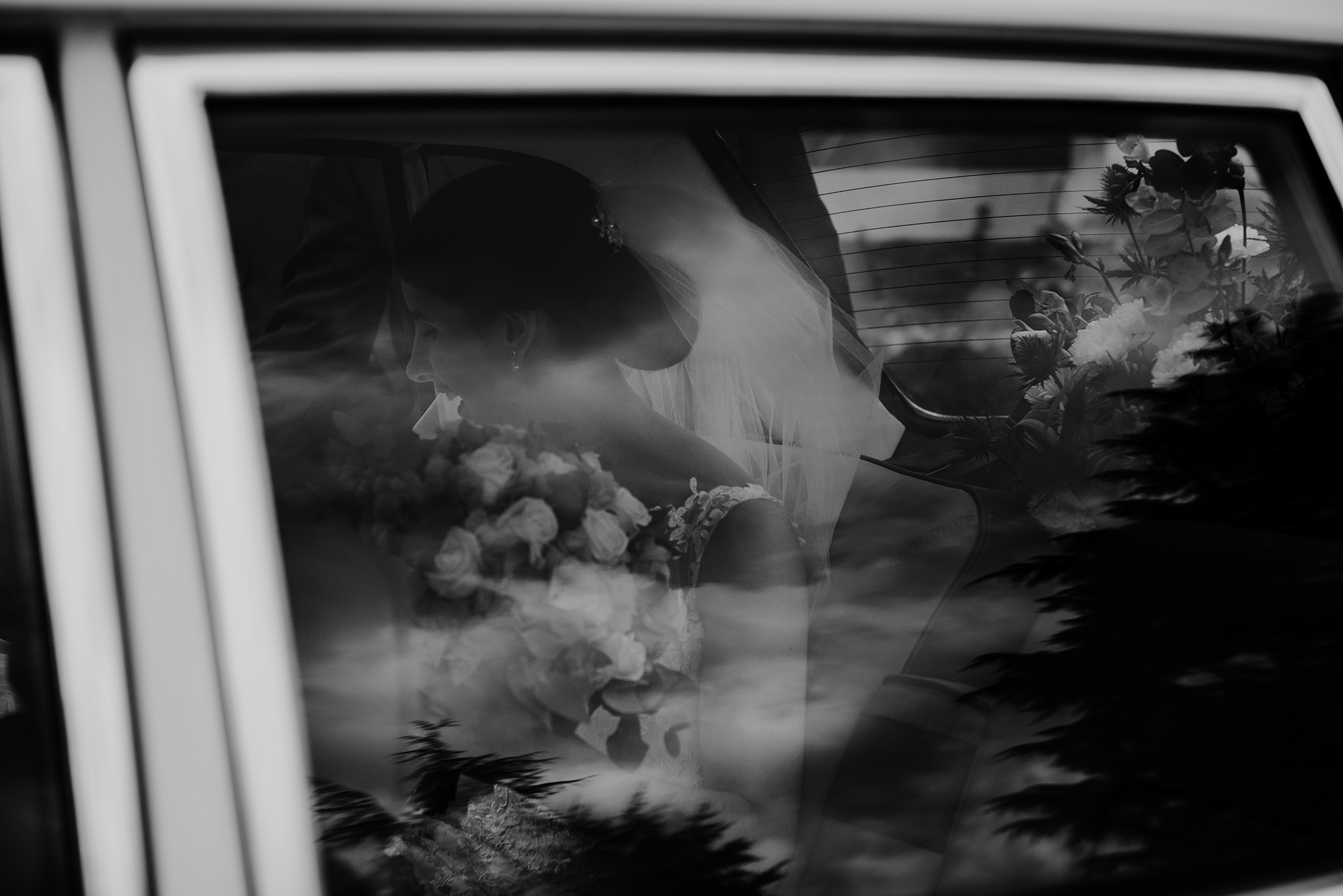 scott-stockwell-photography-bride-car.jpg