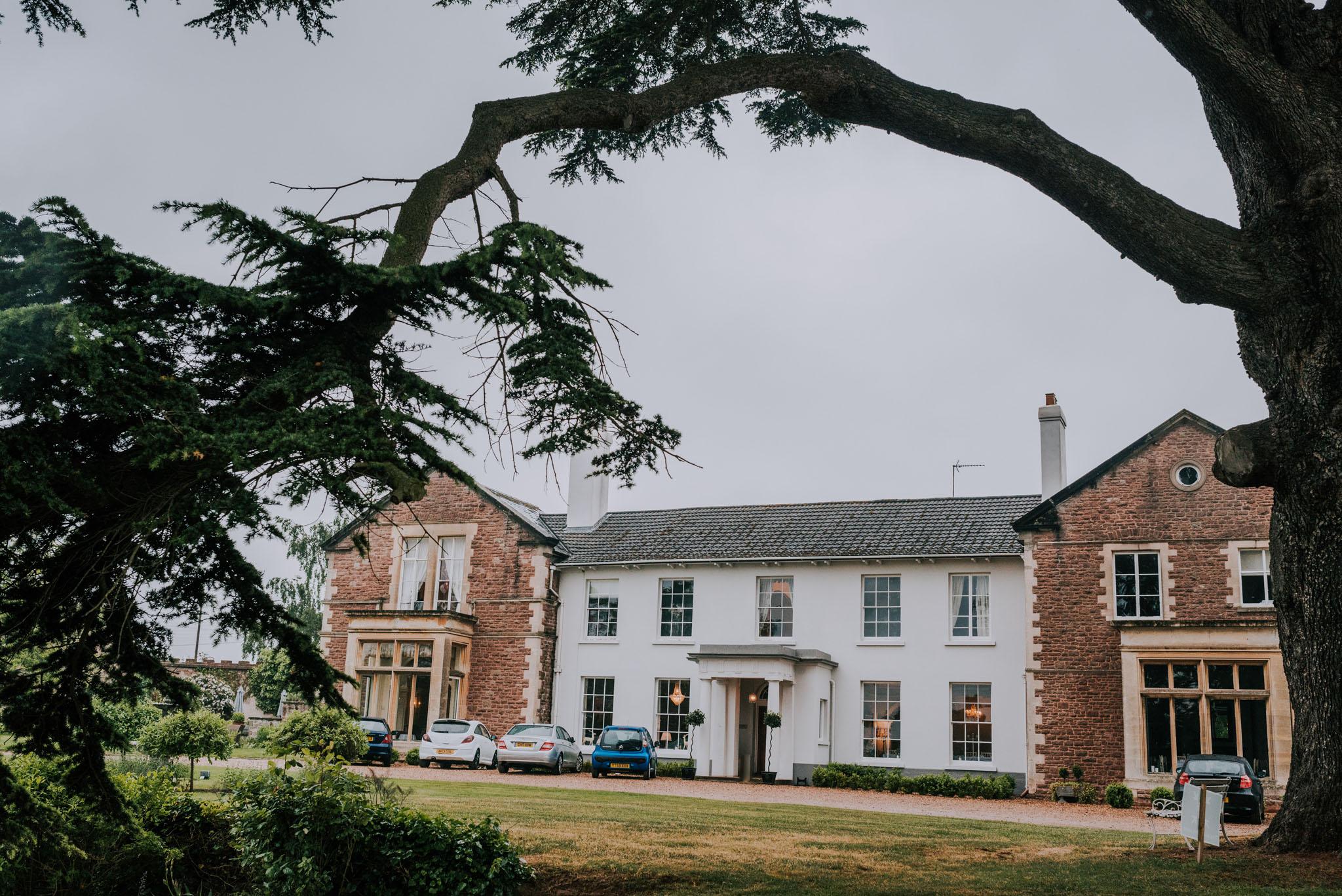 wedding-photographer-glewstone-court-hereford-scott-stockwell-photography001.jpg