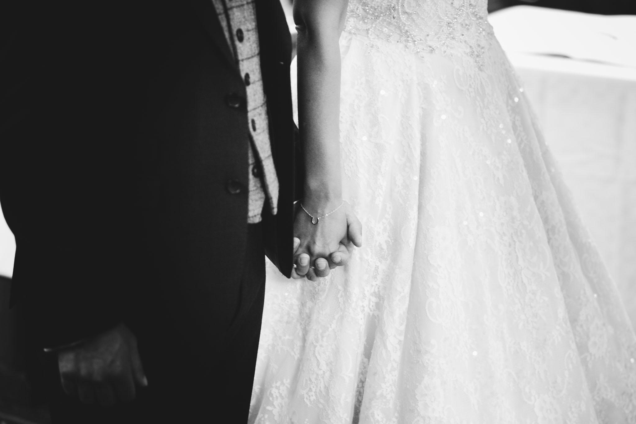 wedding-photographer-glewstone-court-hereford-scott-stockwell-photography199.jpg