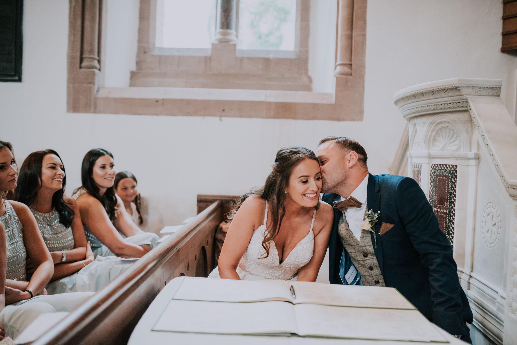 wedding-photographer-glewstone-court-hereford-scott-stockwell-photography200.jpg