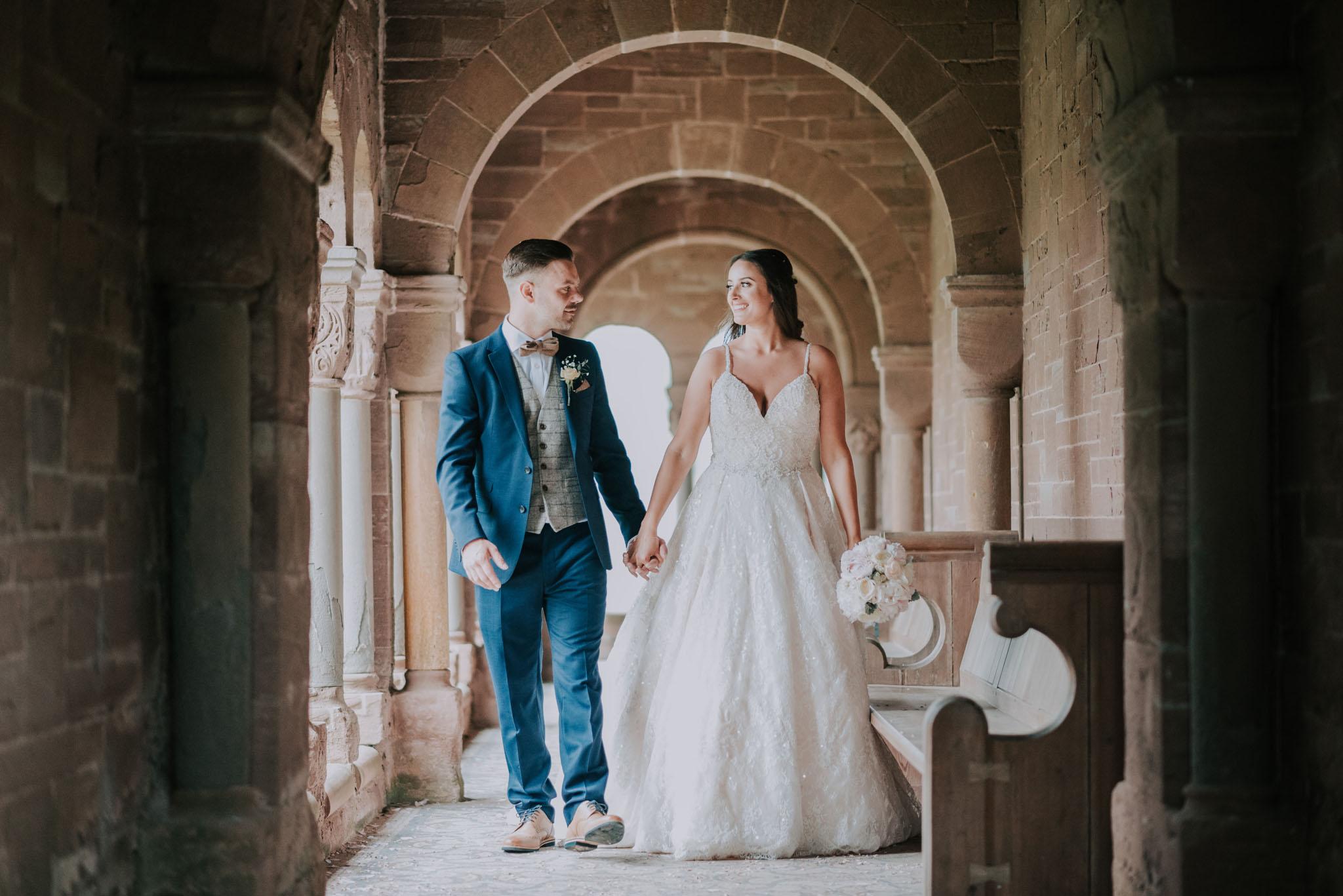 wedding-photographer-glewstone-court-hereford-scott-stockwell-photography300.jpg