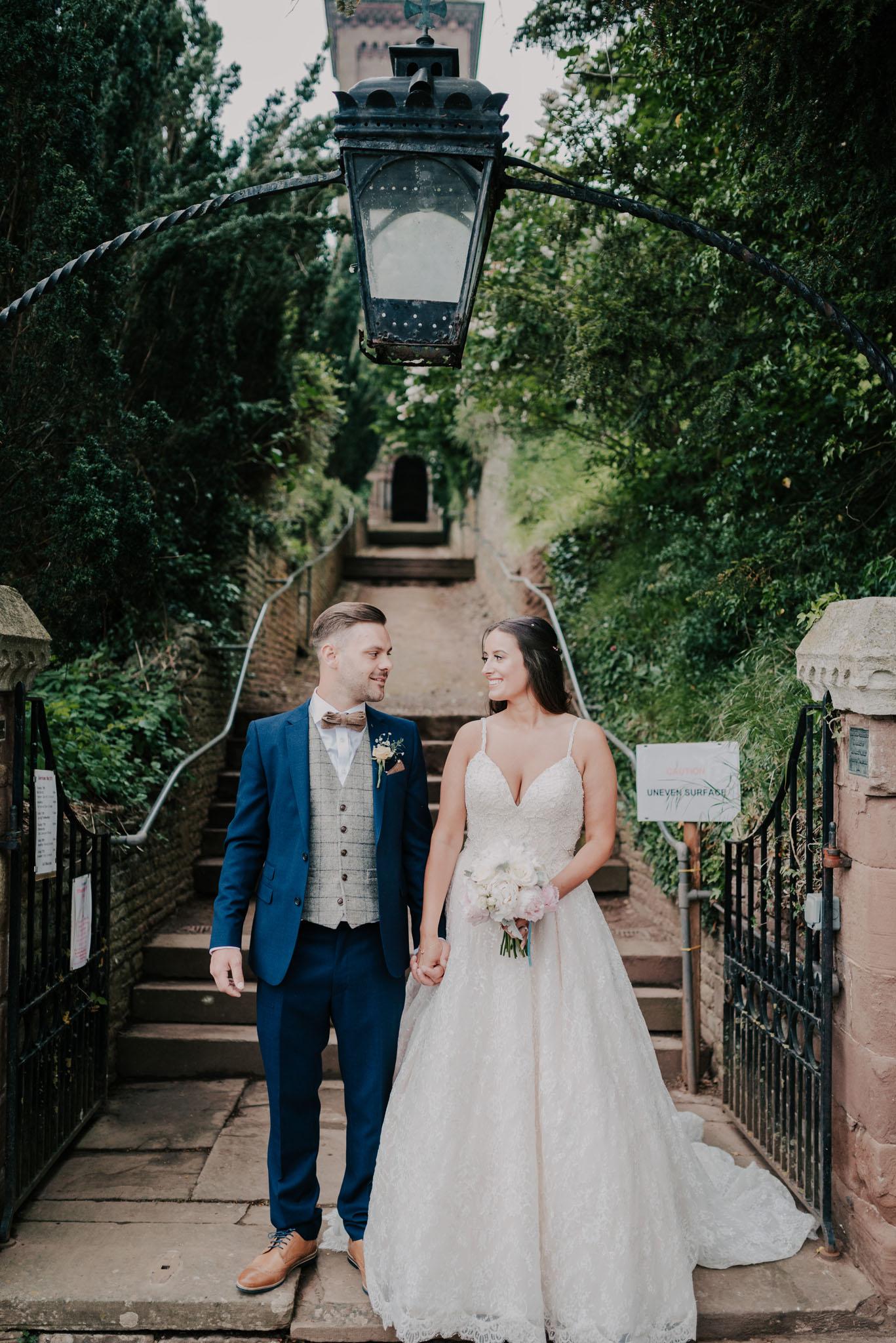 wedding-photographer-glewstone-court-hereford-scott-stockwell-photography307.jpg