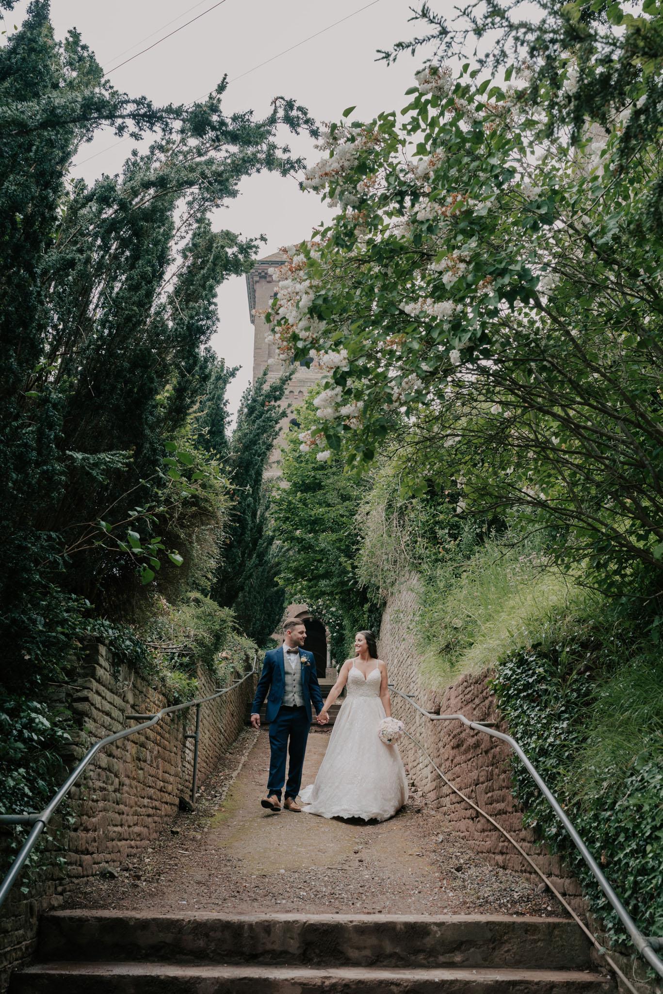 wedding-photographer-glewstone-court-hereford-scott-stockwell-photography305.jpg