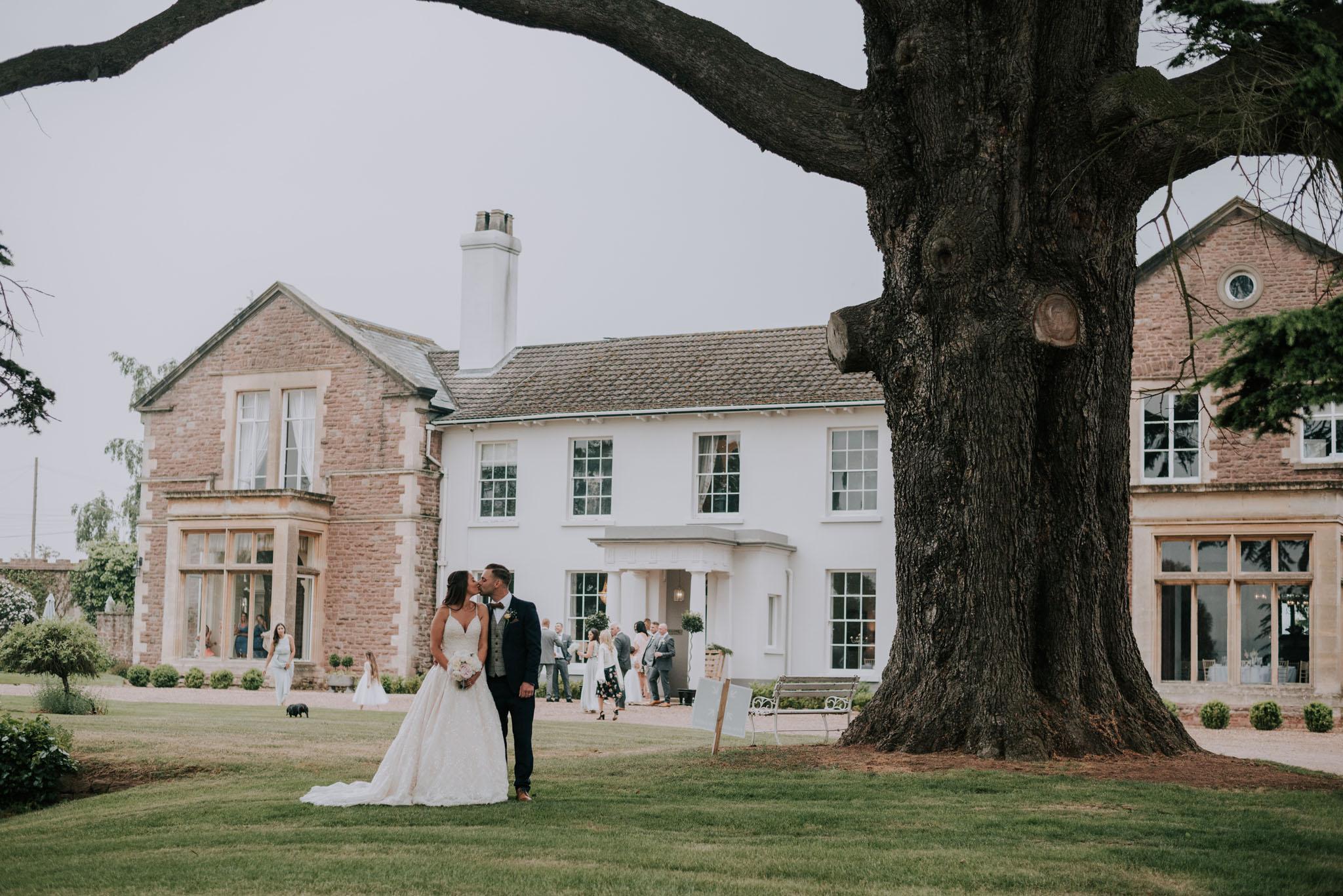 wedding-photographer-glewstone-court-hereford-scott-stockwell-photography347.jpg
