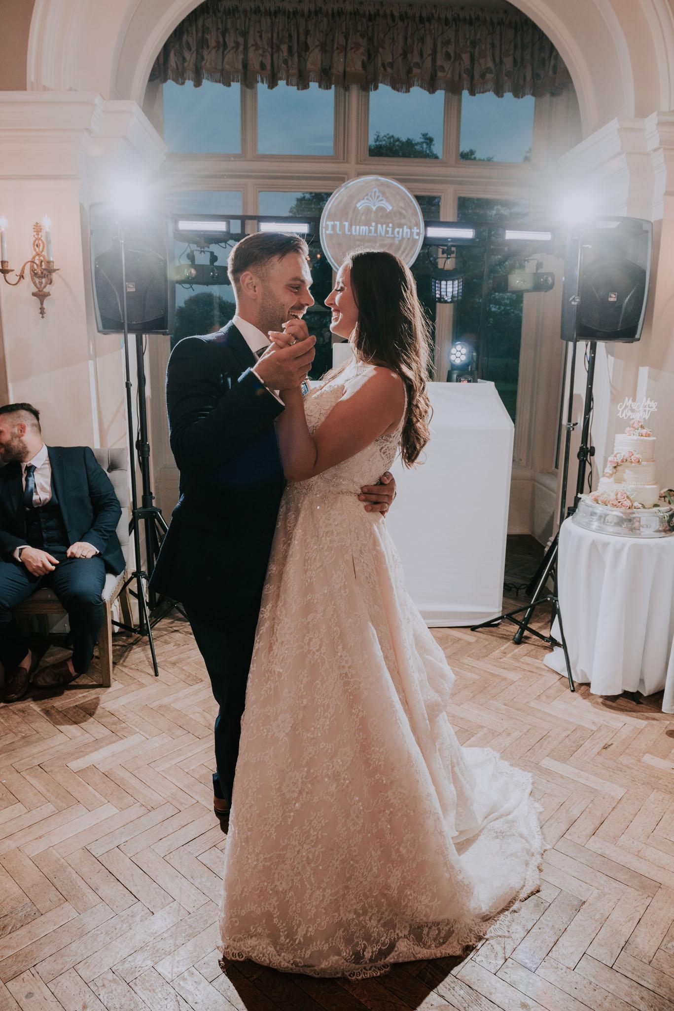 wedding-photographer-glewstone-court-hereford-scott-stockwell-photography473.jpg