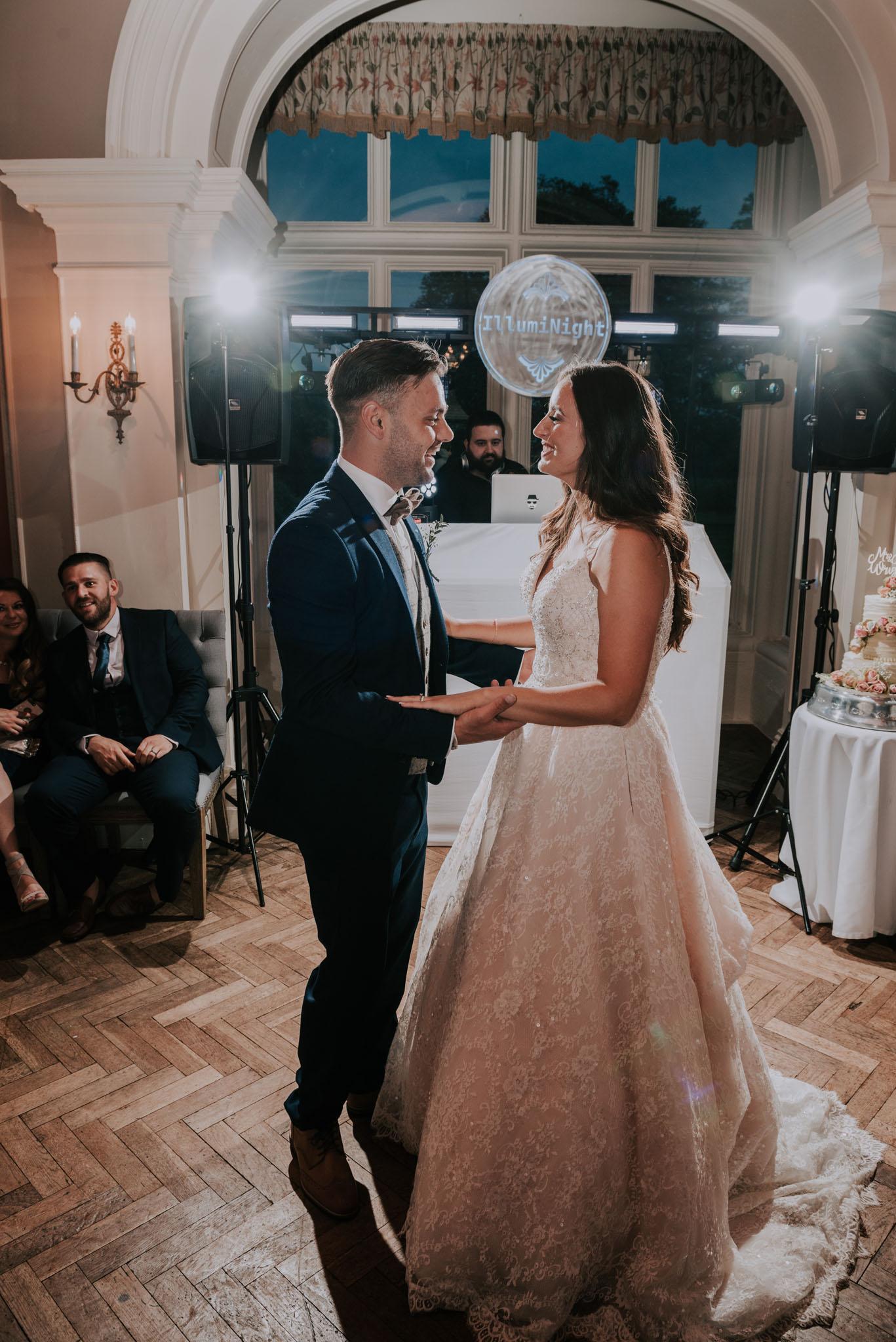 wedding-photographer-glewstone-court-hereford-scott-stockwell-photography477.jpg