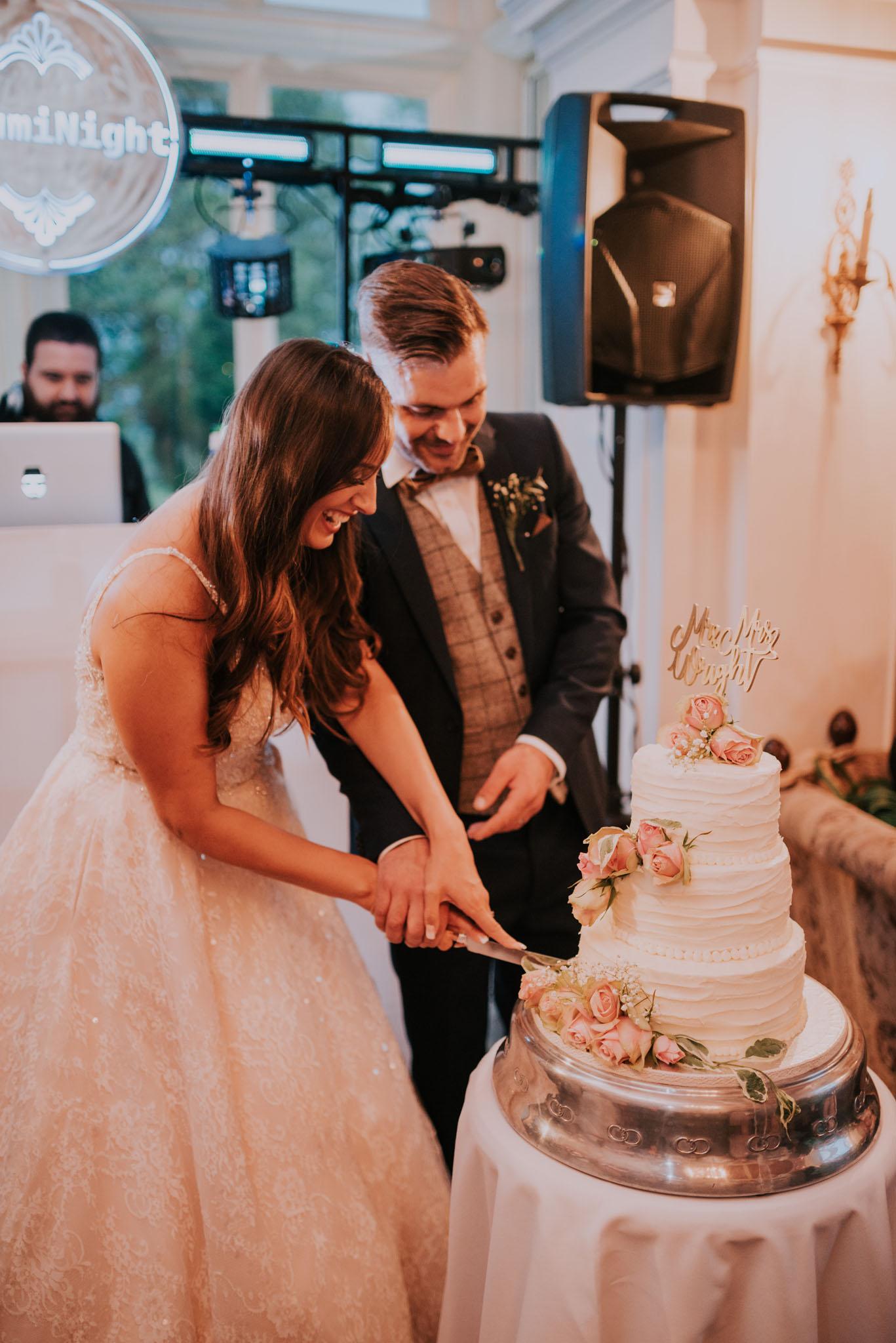 wedding-photographer-glewstone-court-hereford-scott-stockwell-photography480.jpg