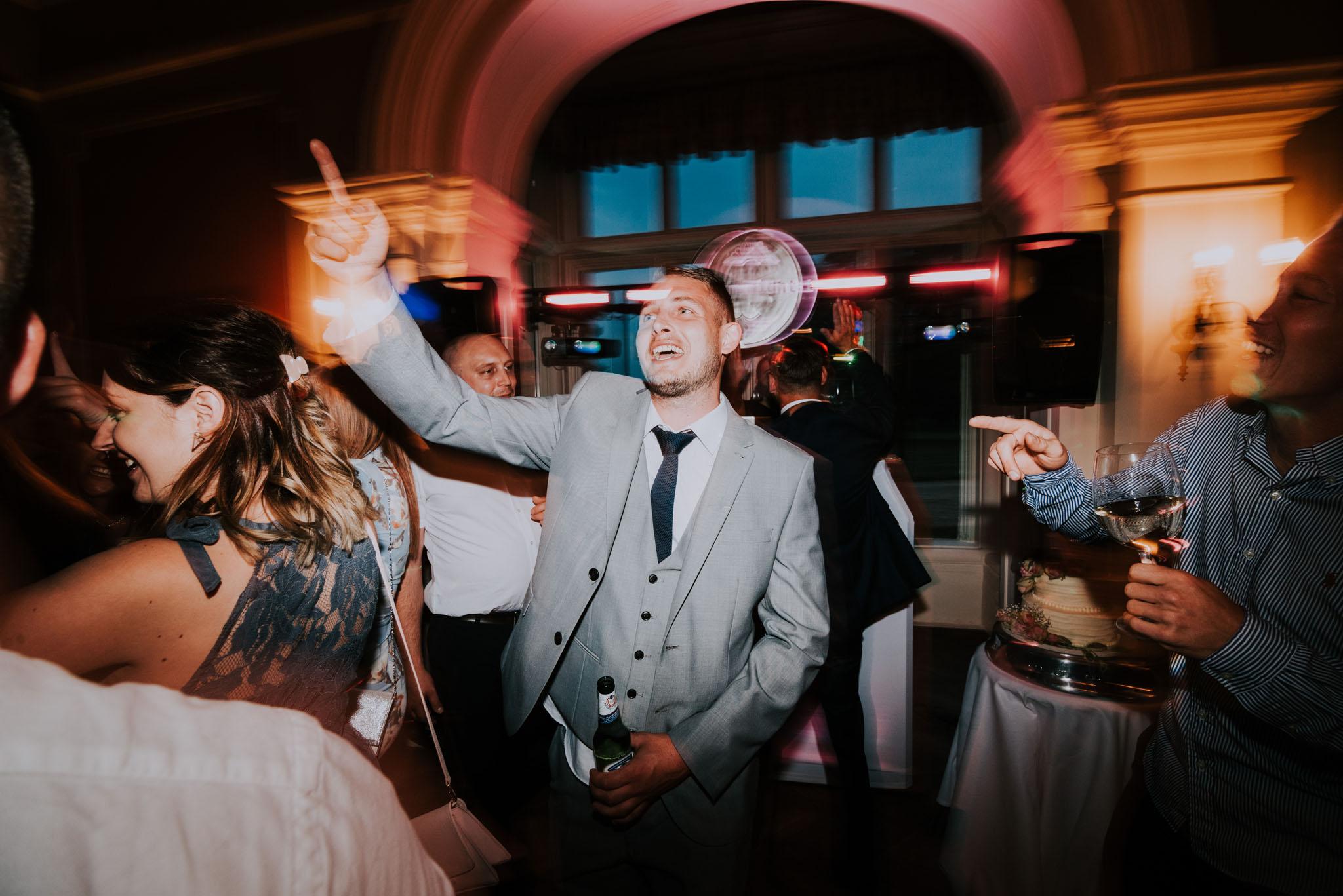 wedding-photographer-glewstone-court-hereford-scott-stockwell-photography485.jpg