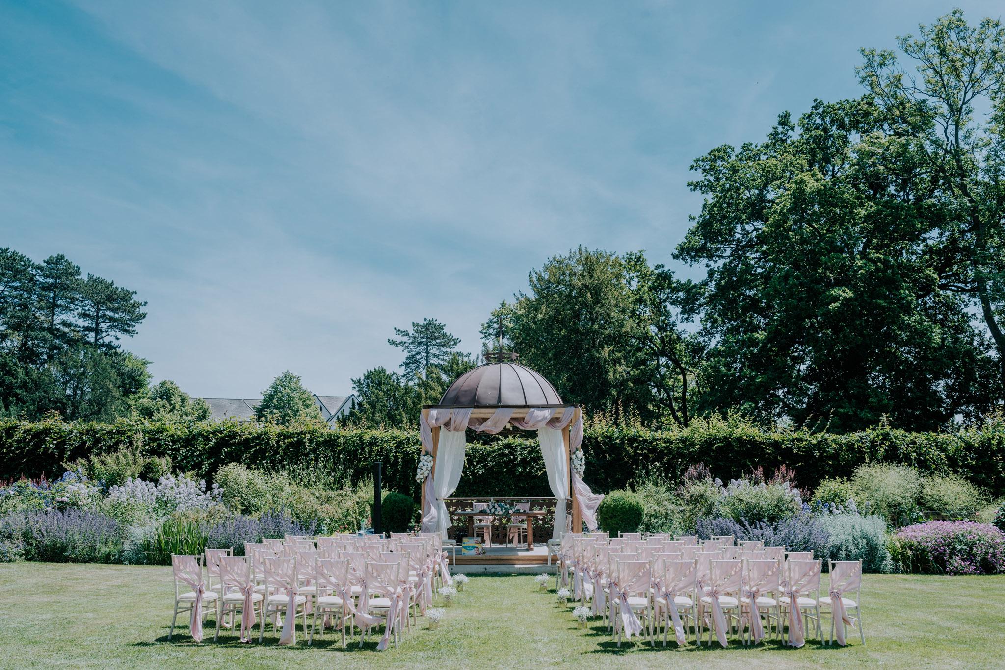 scott-stockwell-wedding-photographer-wood-norton-evesham089.jpg