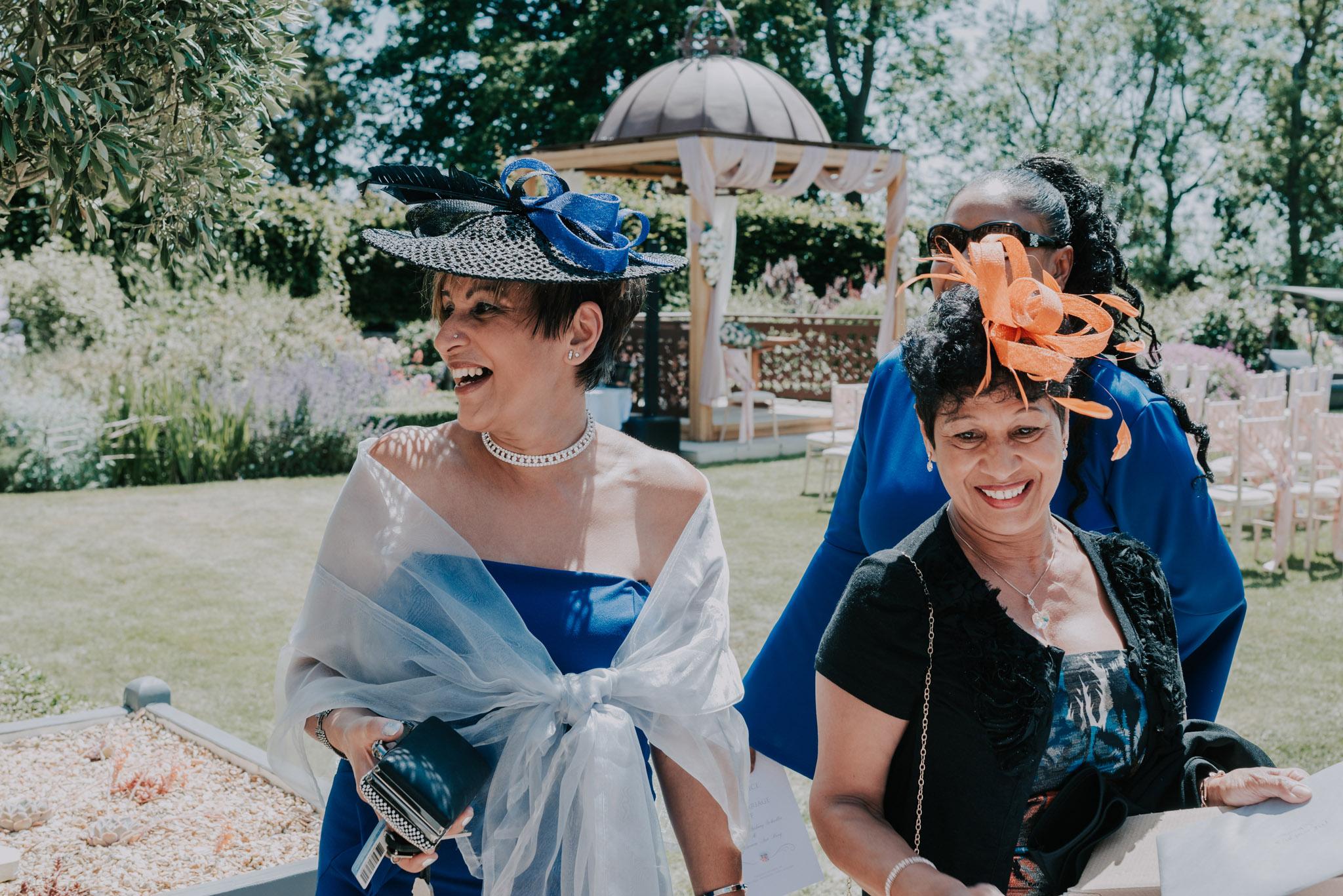 scott-stockwell-wedding-photographer-wood-norton-evesham102.jpg