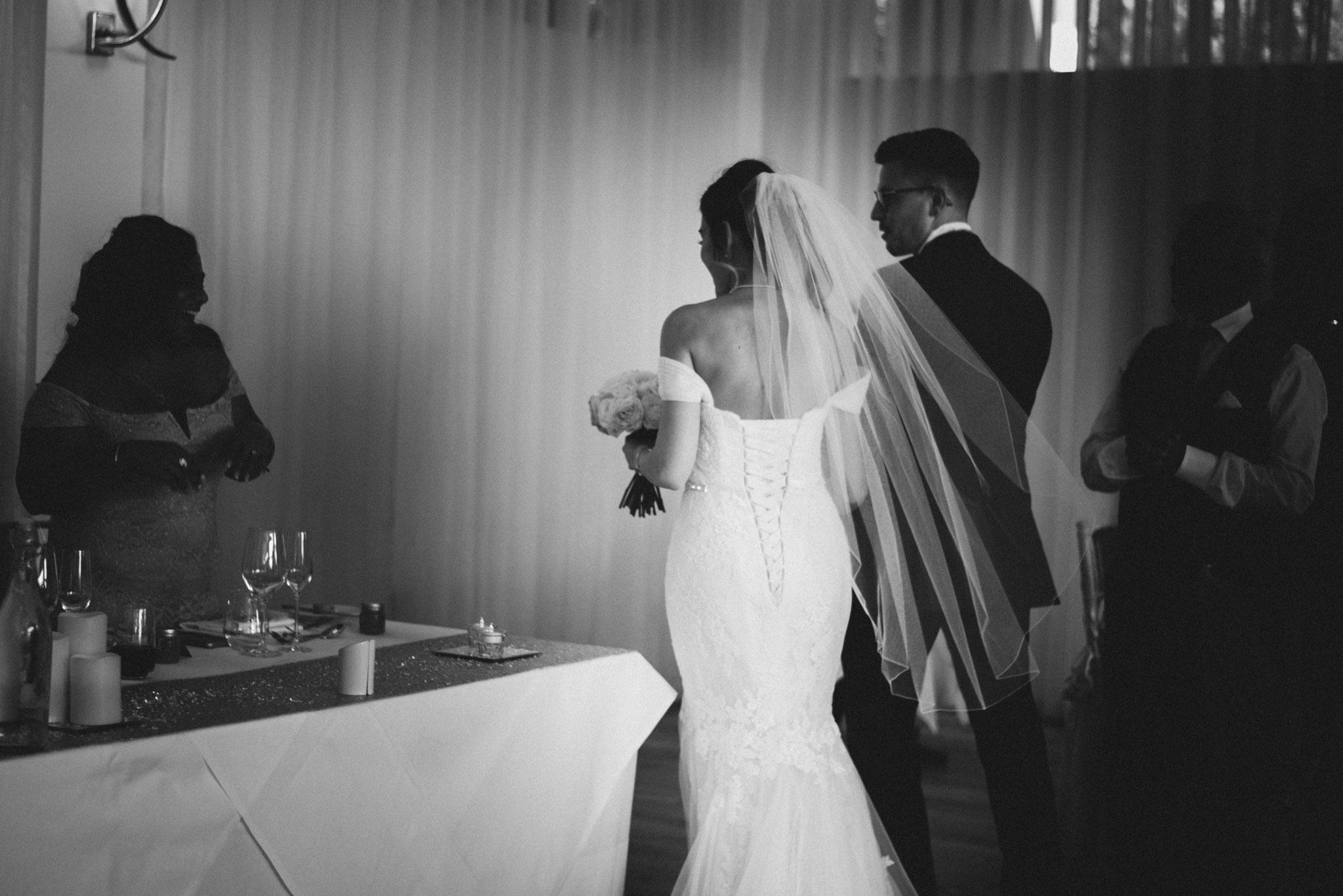 scott-stockwell-wedding-photographer-wood-norton-evesham275.jpg