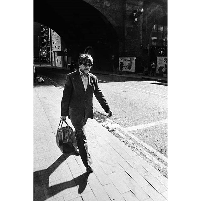Voigtlander 25mm / Canon P • • • • • #filmisnotdead #35mm #filmphotography #ishootfilm #analog #ilford #hp5 #believeinfilm #35mmfilm #ilfordhp5 #staybrokeshootfilm #buyfilmnotmegapixels #shootfilm #filmcommunity #analogphotography #analogue #filmcamera #filmphotographic #ilfordfilm #theanalogueproject #film #analoguevibes #thefilmcommunity #istillshootfilm #filmfeed #filmisalive #filmsnotdead #streetphoto #analoguefeatures #streetphoto_bw