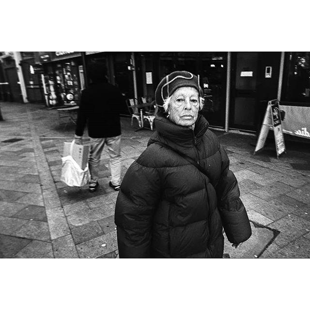 Voigtlander 25mm / Canon P Ilford HP5 @1600 • • • • •  #filmisnotdead #35mm #filmphotography #ishootfilm #analog #ilford #hp5 #believeinfilm #35mmfilm #ilfordhp5 #staybrokeshootfilm #buyfilmnotmegapixels #shootfilm #filmcommunity #analogphotography #analogue #filmcamera #filmphotographic #ilfordfilm #theanalogueproject #film #analoguevibes #thefilmcommunity #istillshootfilm #filmfeed #filmisalive #filmsnotdead #leica #analoguefeatures #mediumformat