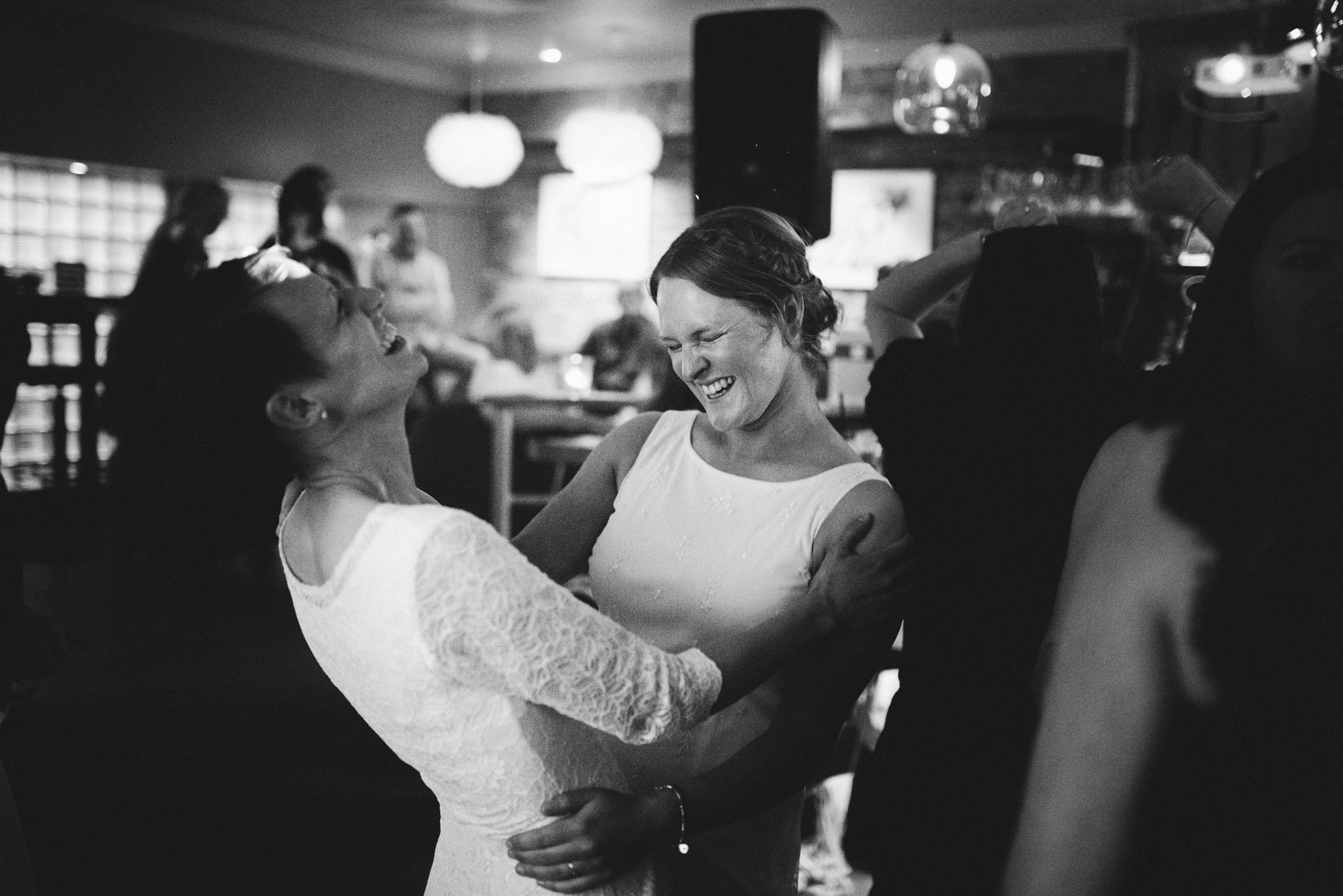 scott-stockwell-photography-wedding-photographer-the-square-club-bristol368.jpg