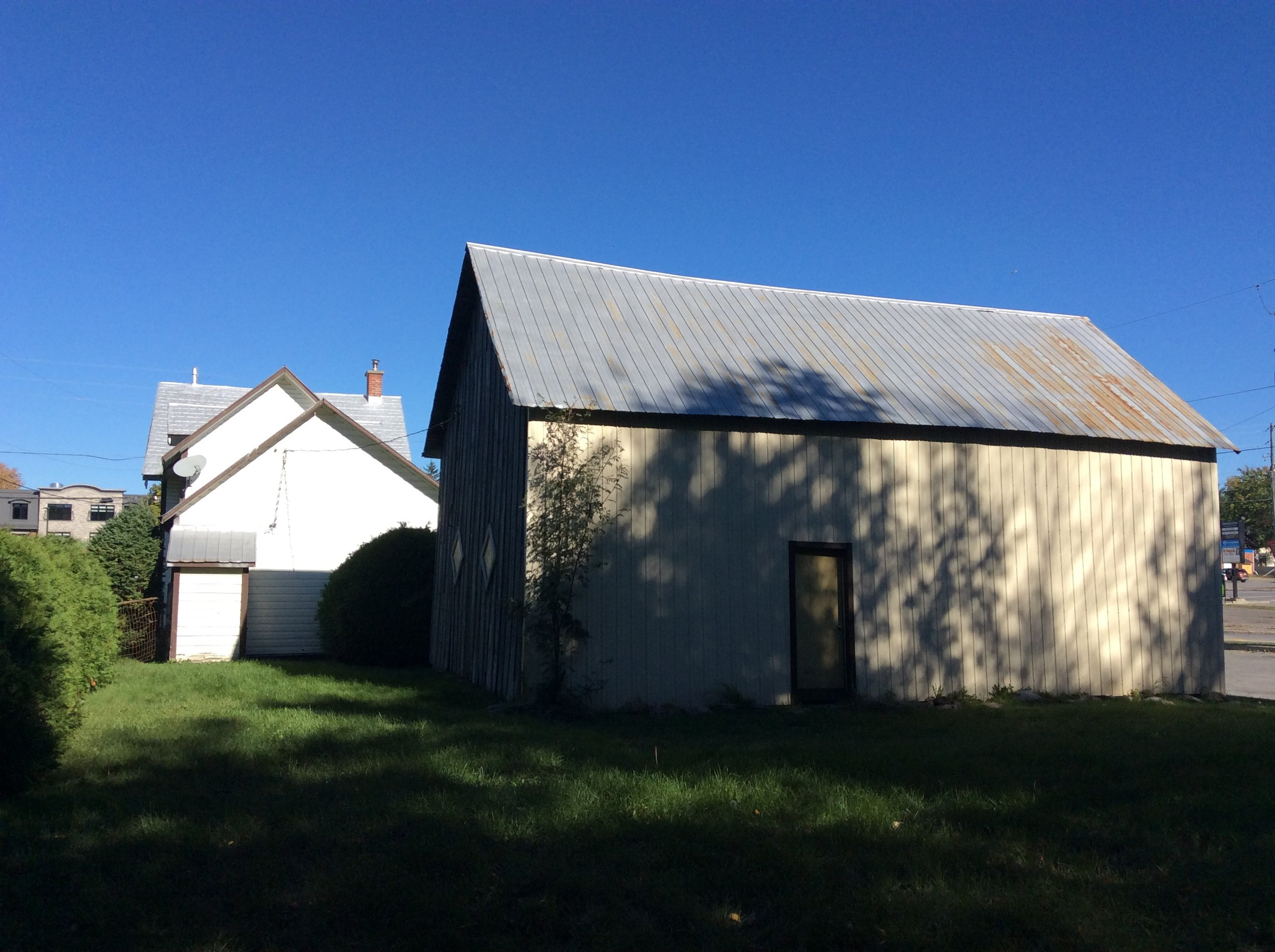 Rear Exterior and Barn