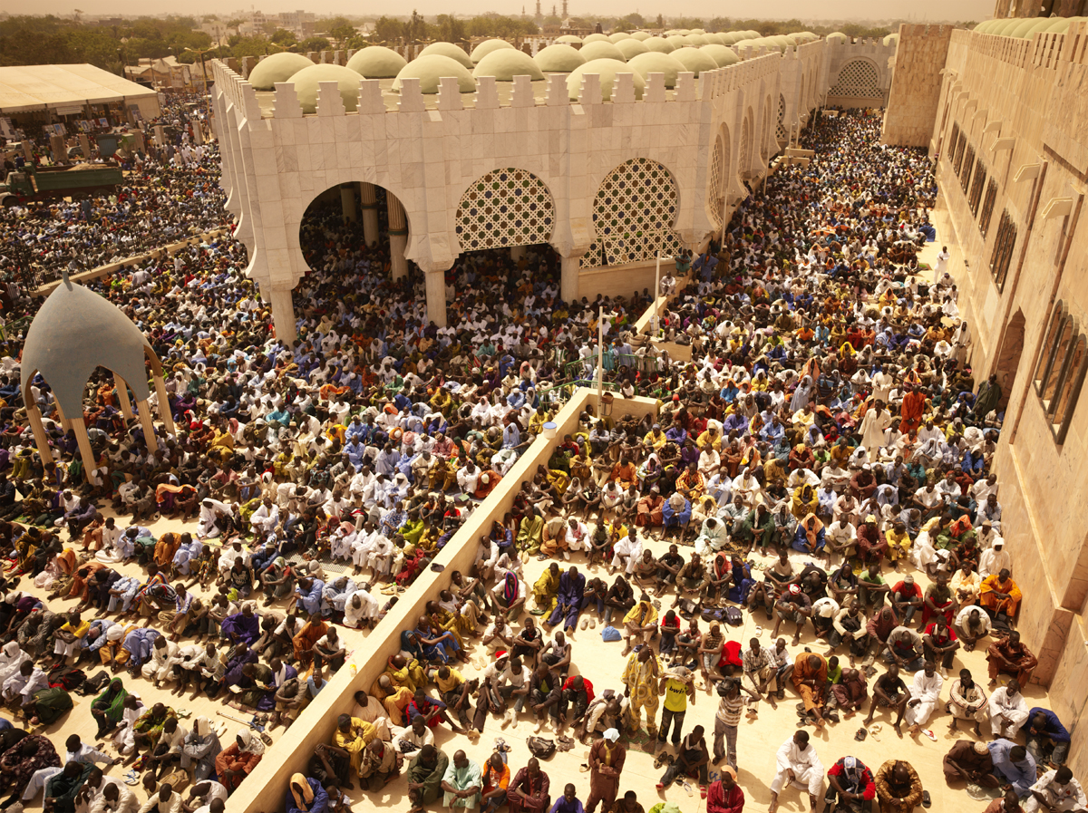 GATHERING AT GRAND MOSQUE DE TOUBA