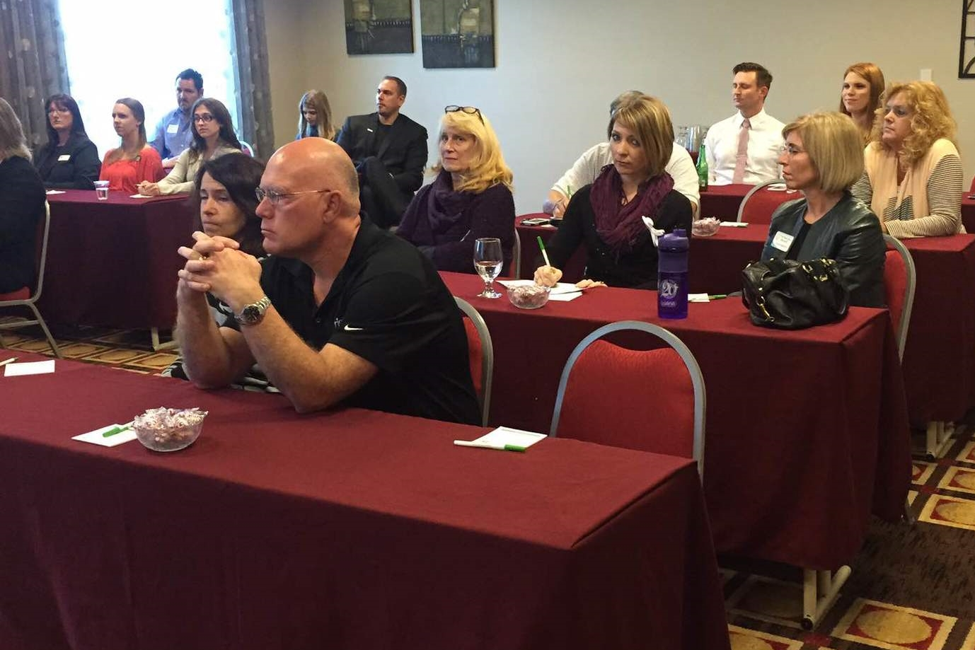 It was a full house for the How to Network Brilliantly Technology Demo at the Fort Myers Airport Holiday Inn on February 20th.