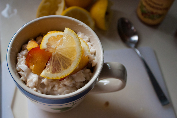 lemon brown-rice rice pudding with fresh nectarines
