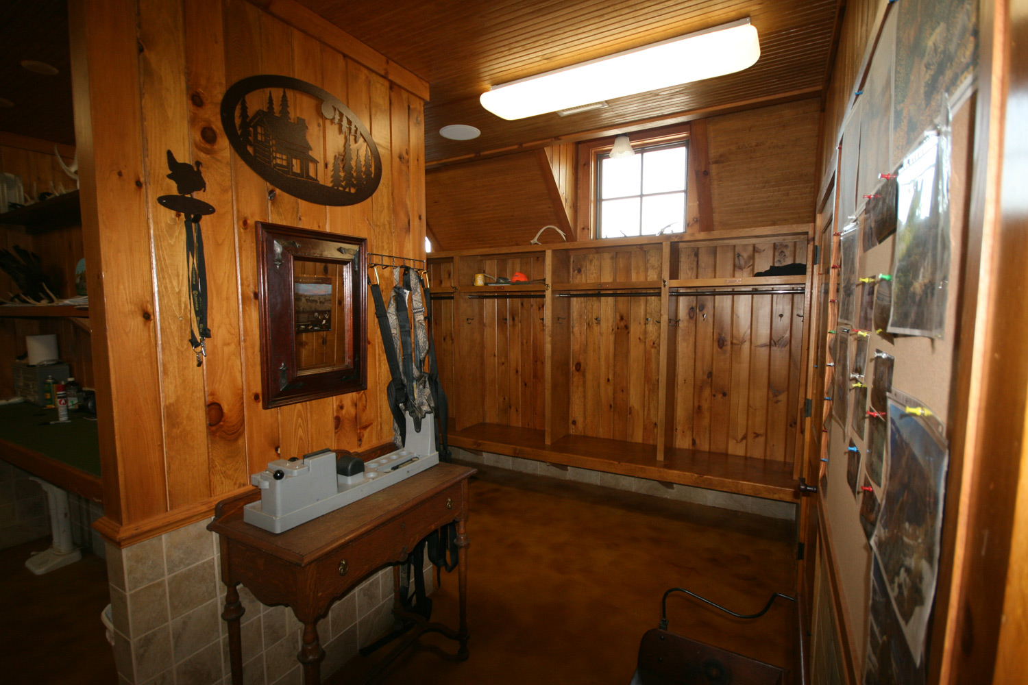 The Lodge at Willow Oaks, Gun & Changing Room