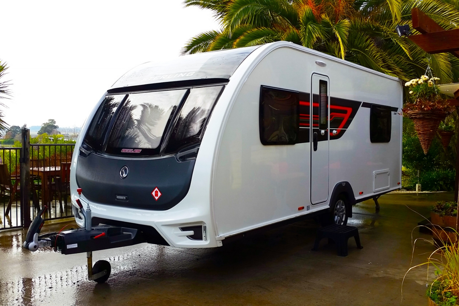 Caravans and Motorhomes - We recommend and aim to purchase caravans less than 10 years old from the UK.  The best value and biggest savings are normally on brand new caravans where we are able to by VAT free before exporting to New Zealand