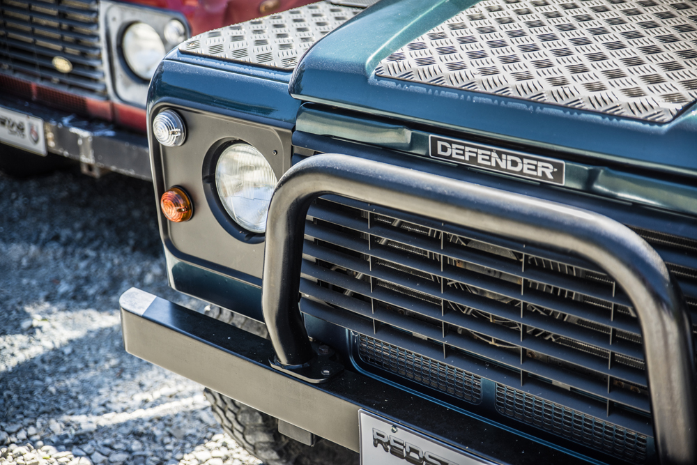 REDSTAG Bespoke Defender Resortation