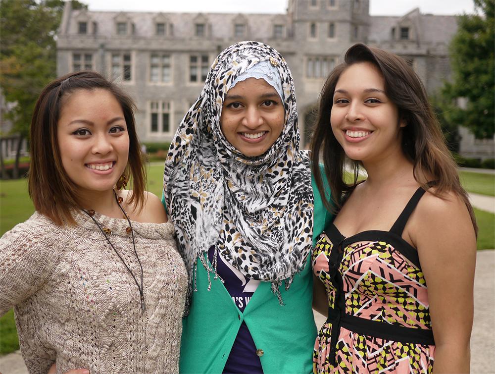 Noemi (far right) with fellow 2013 scholarship winners Brenda and Bibi