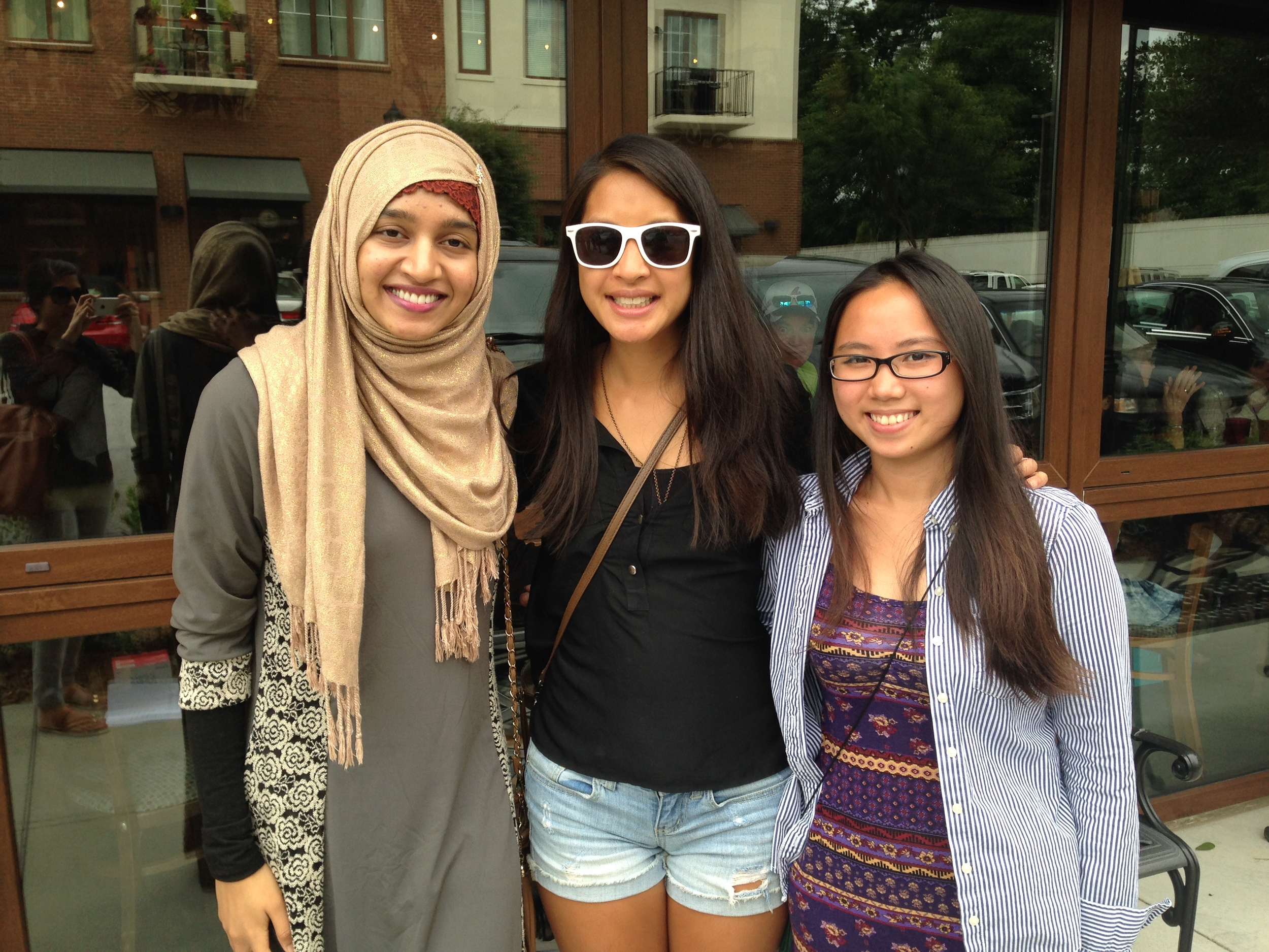 Chuan (right) with 2013 Empowerment Scholar Bibi Ayesha (left) and AW founder Bee Nguyen (middle)