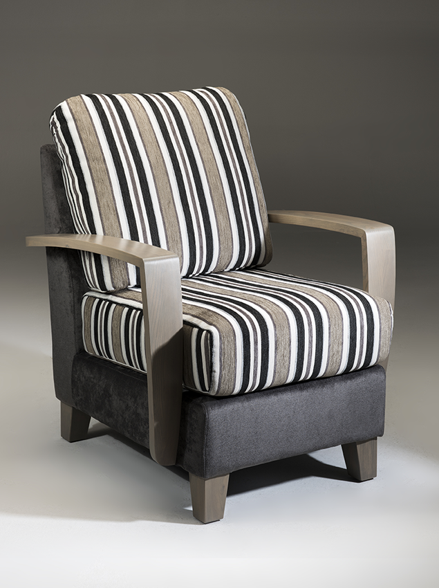 LifeCare-chairs-Roma-1.png