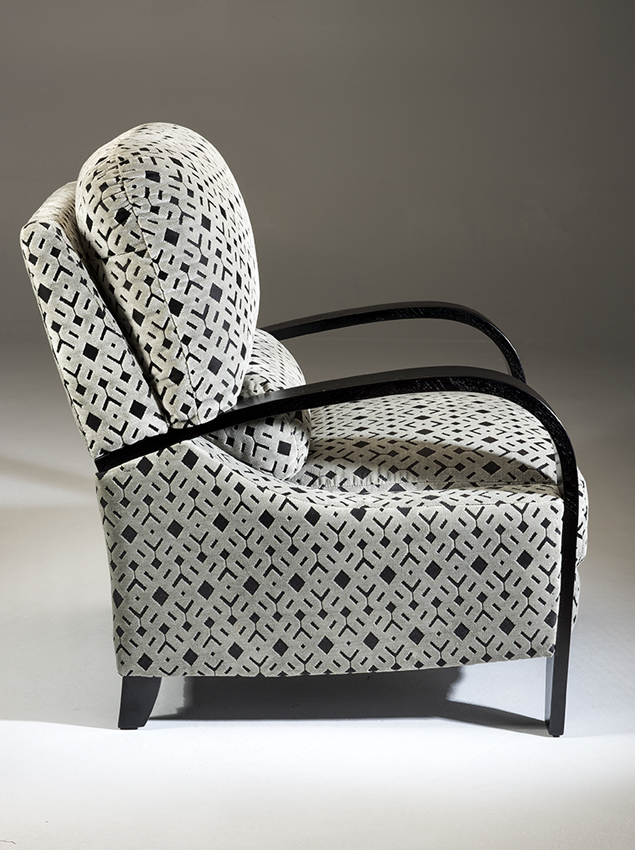 LifeCare-chairs-Lincoln-2.png