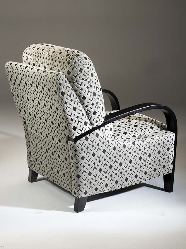 LifeCare-chairs-Lincoln-3.png