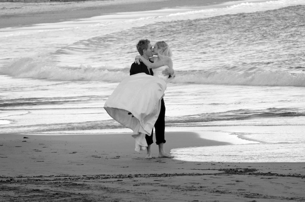 Beachsarahshane4 B&W.jpg