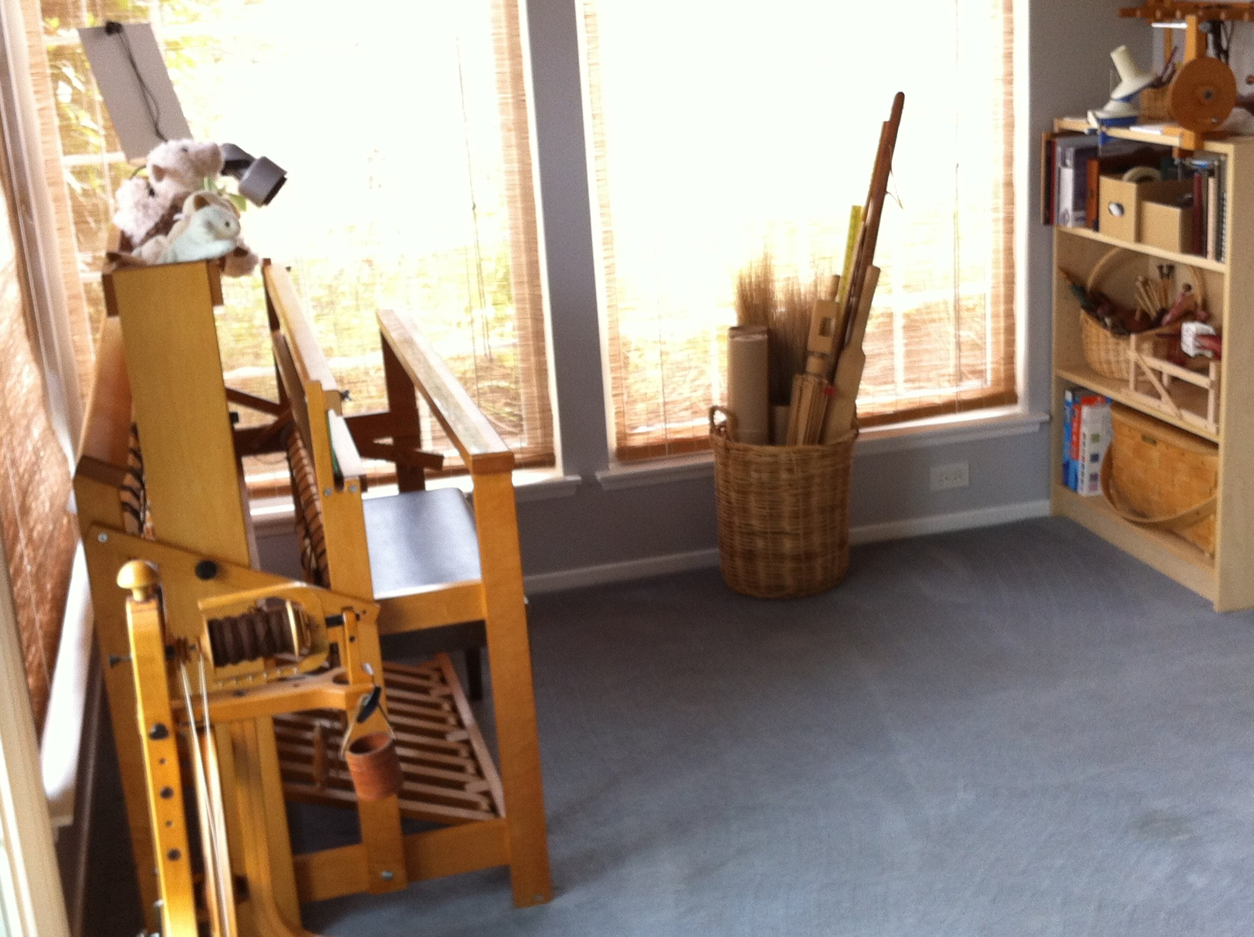 My loom room in an exceptionally neat state.
