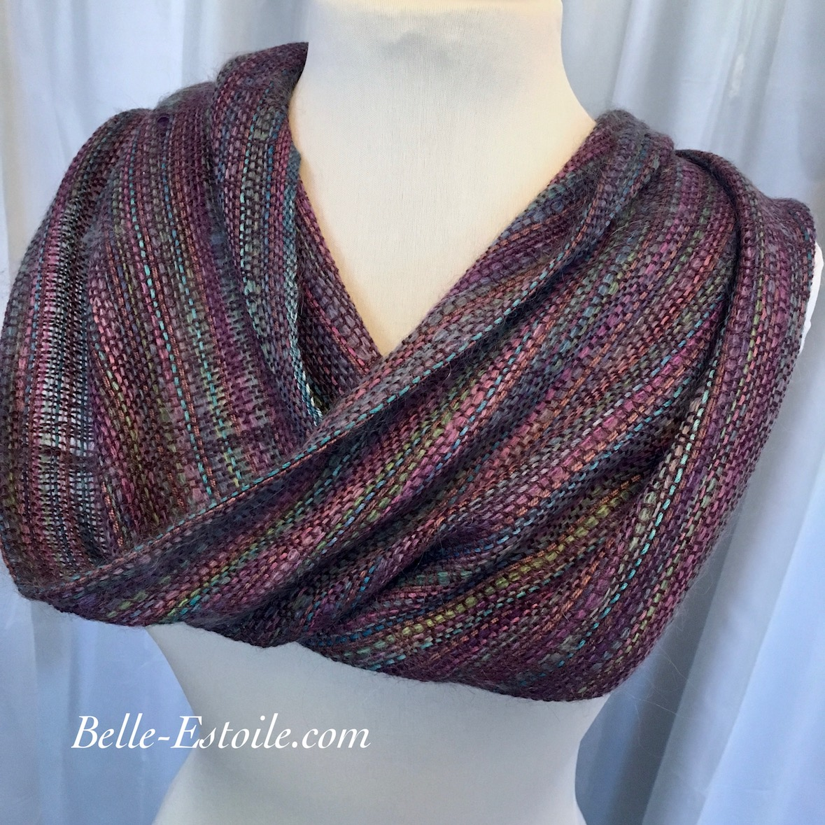 Chartres Infinity Scarf