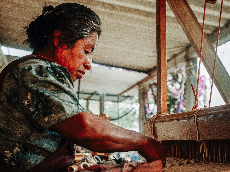Leonor+Weaving+2.jpg