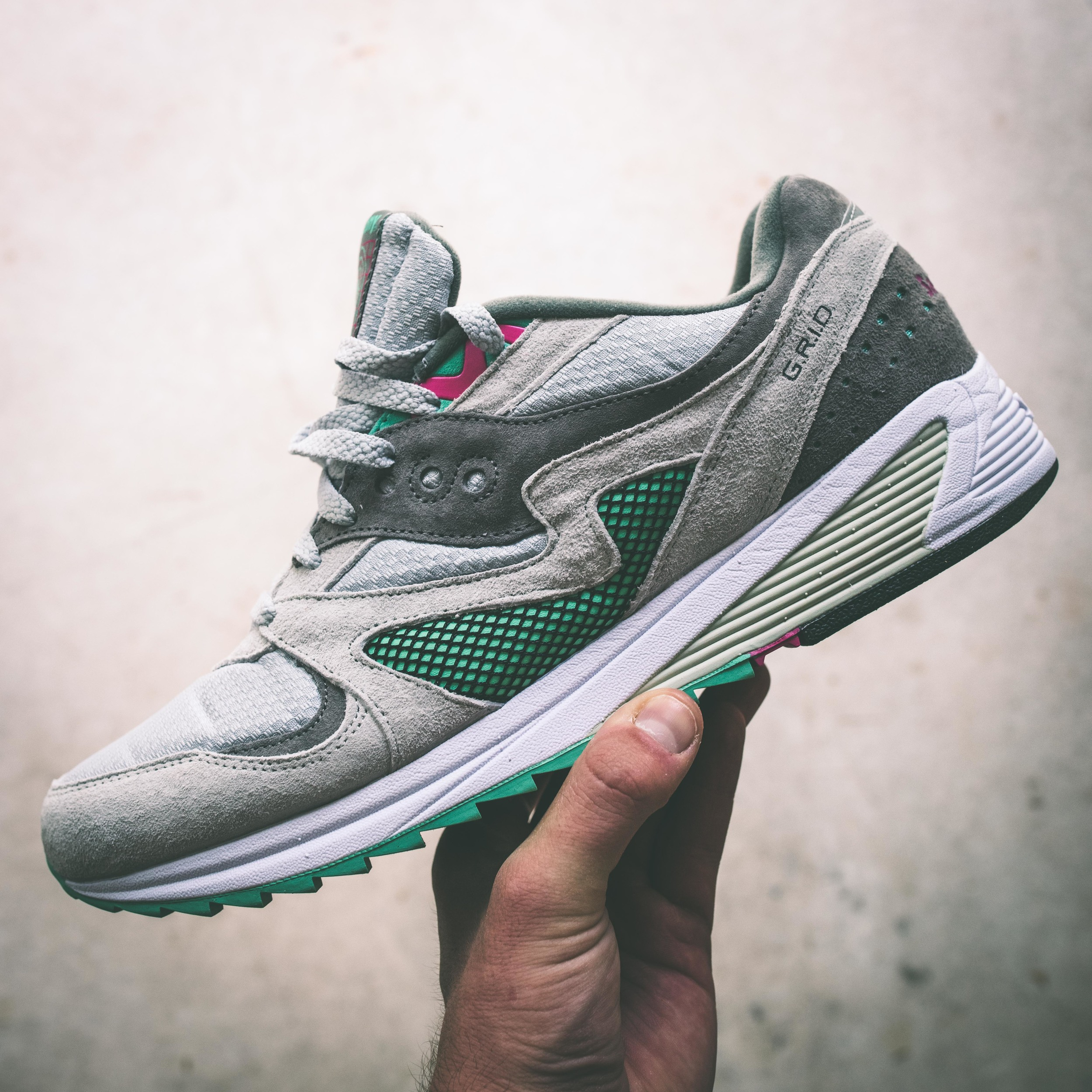 Buy Saucony Grid 8000 CL Shoes Light Grey Green
