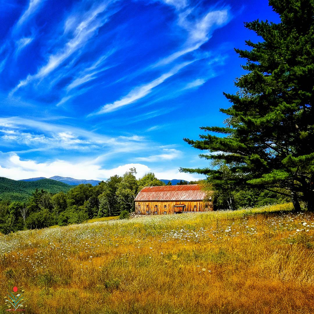 Barn in Jackson New Hampshire.jpg